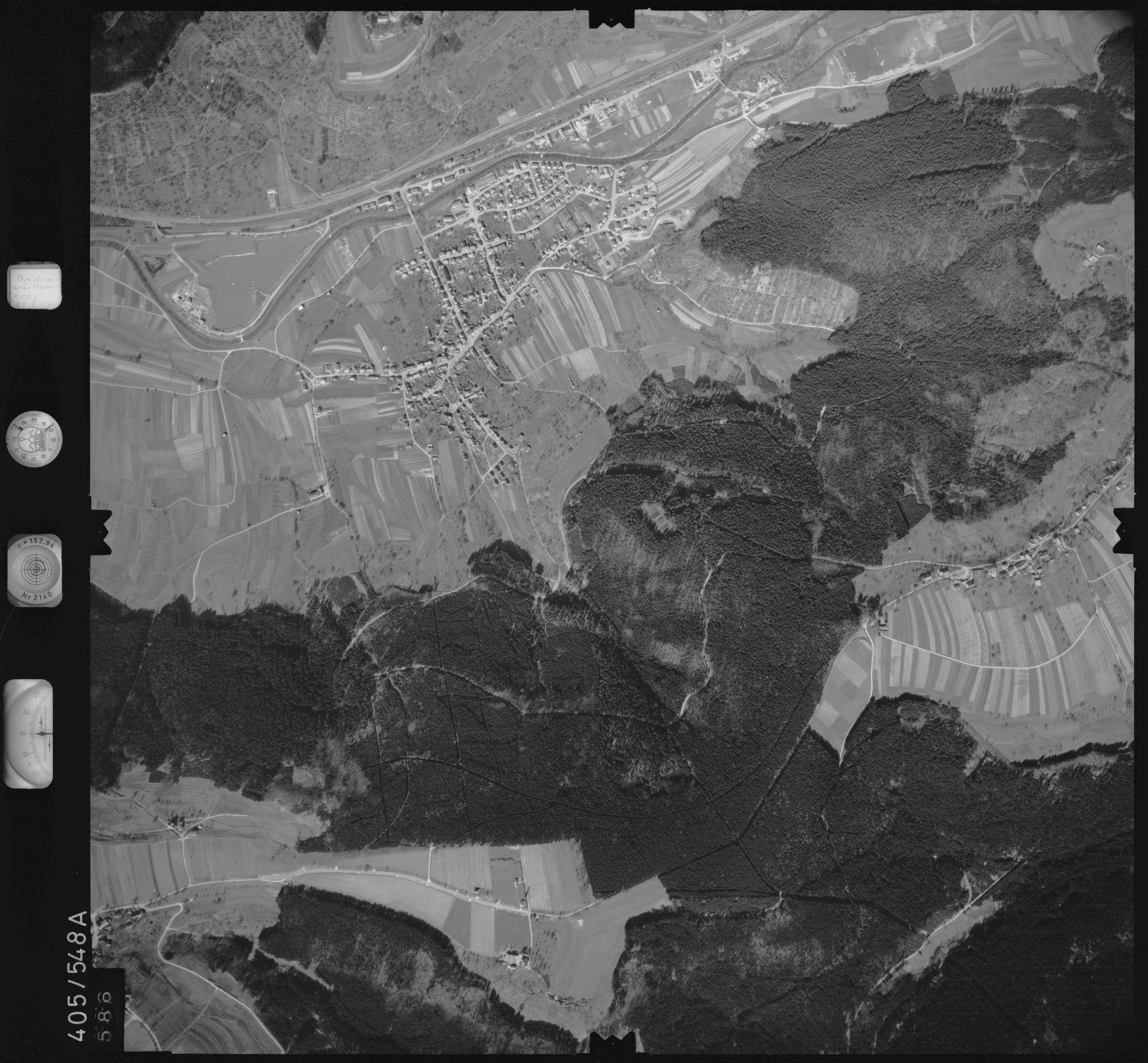 Luftbild: Film 10 Bildnr. 586, Bild 1