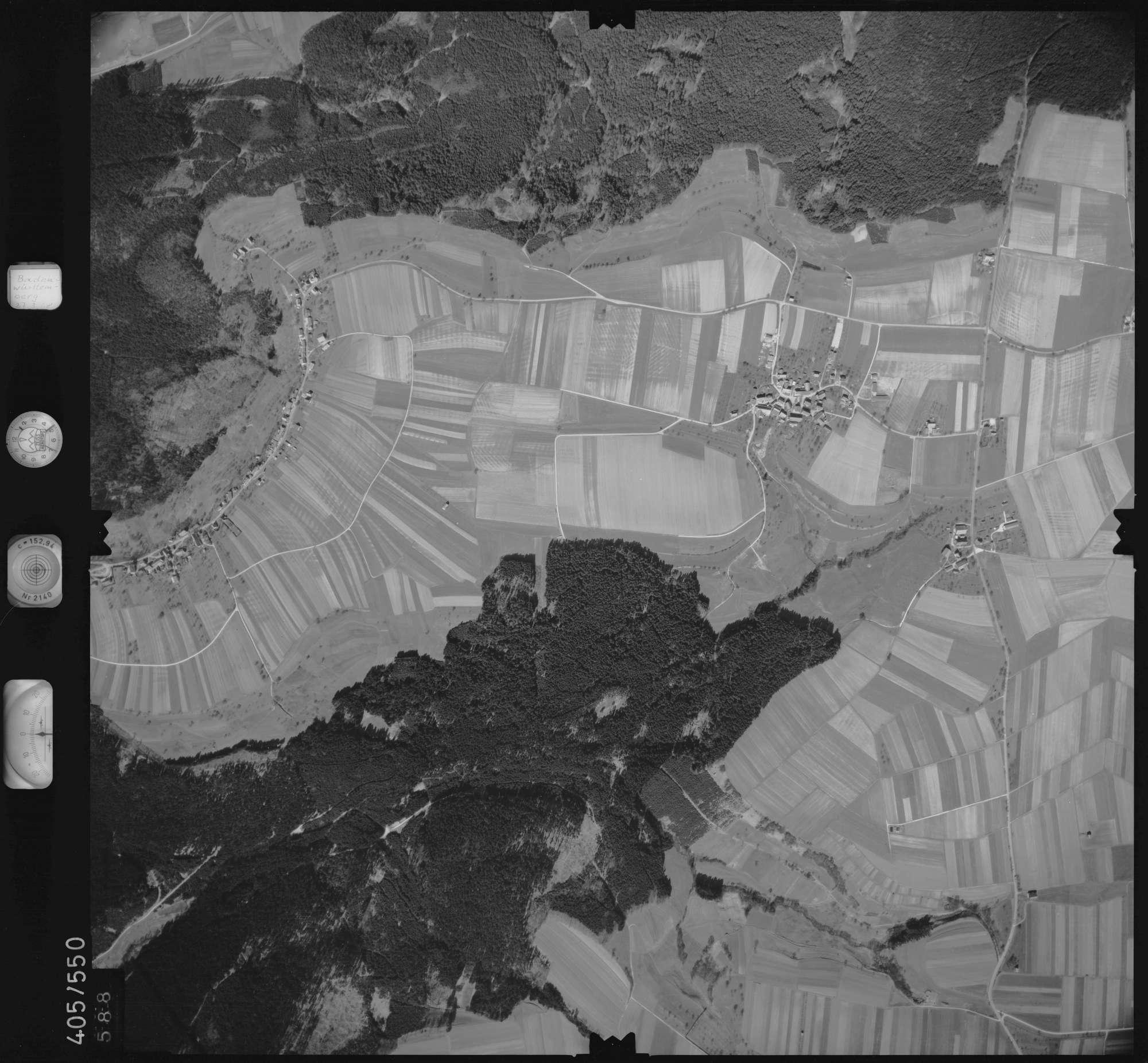 Luftbild: Film 10 Bildnr. 588, Bild 1