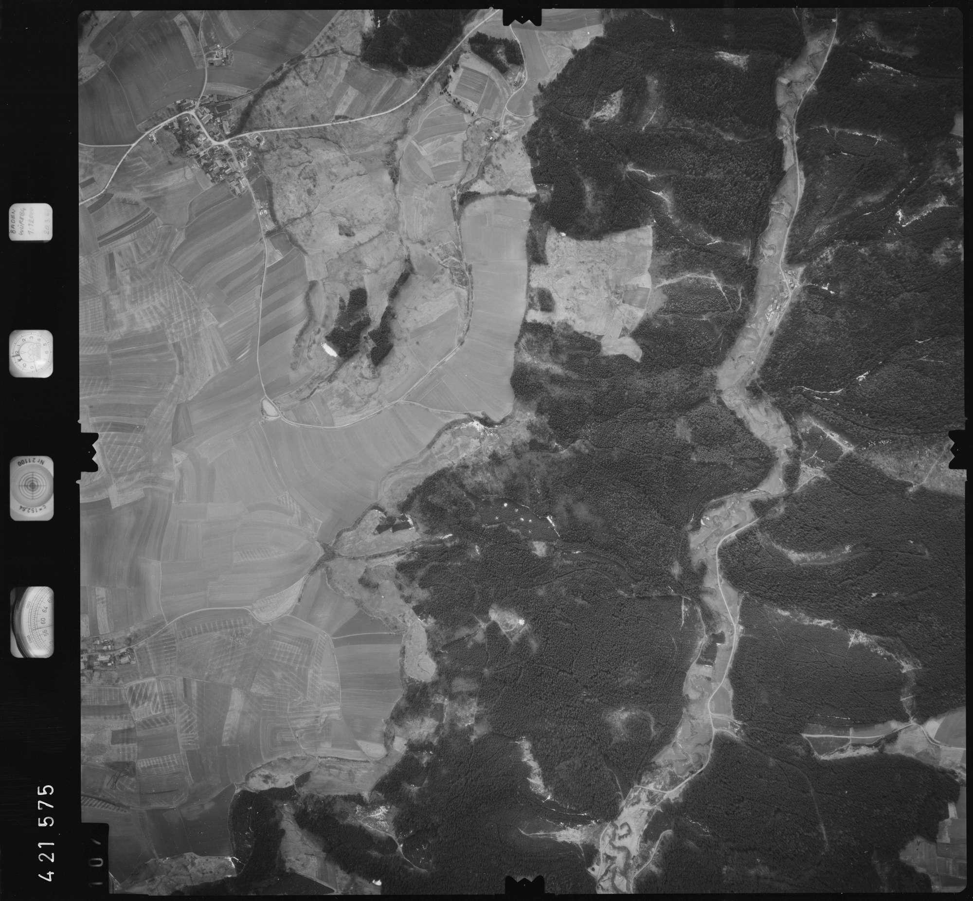 Luftbild: Film 1 Bildnr. 107, Bild 1