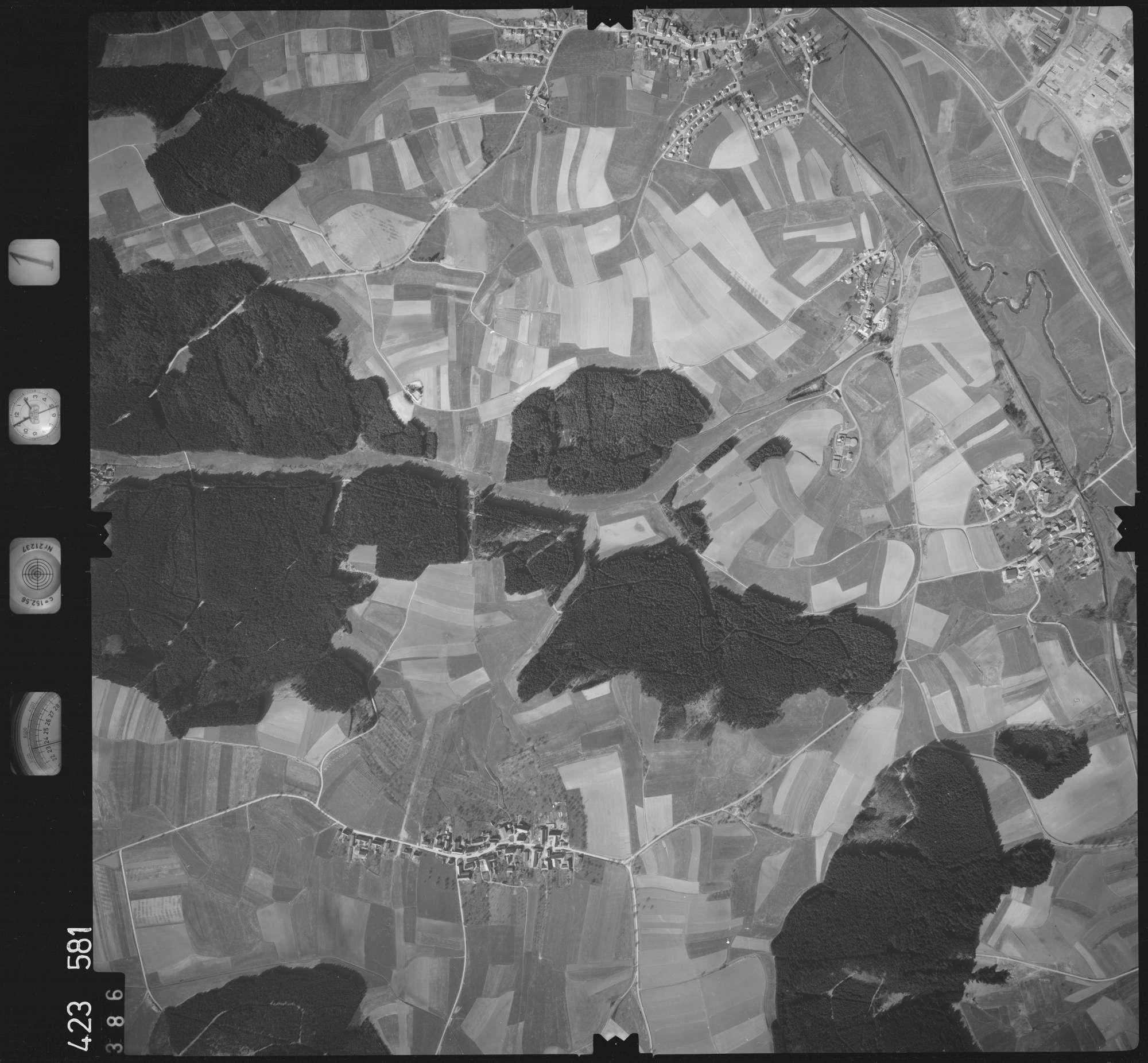 Luftbild: Film 1 Bildnr. 386, Bild 1