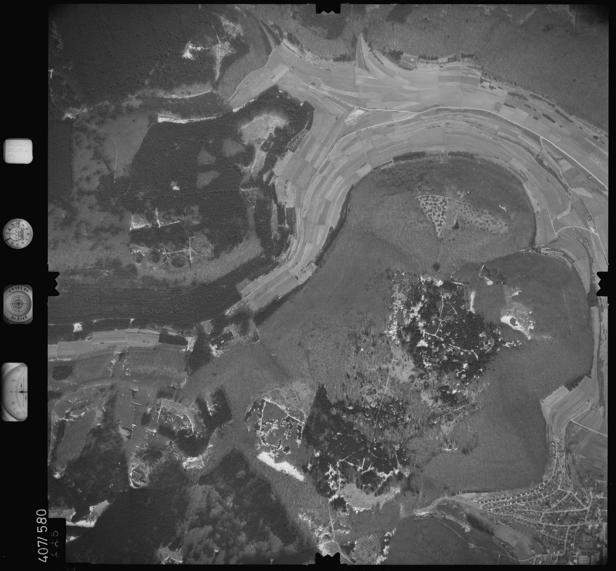 Luftbild: Film 7 Bildnr. 715, Bild 1