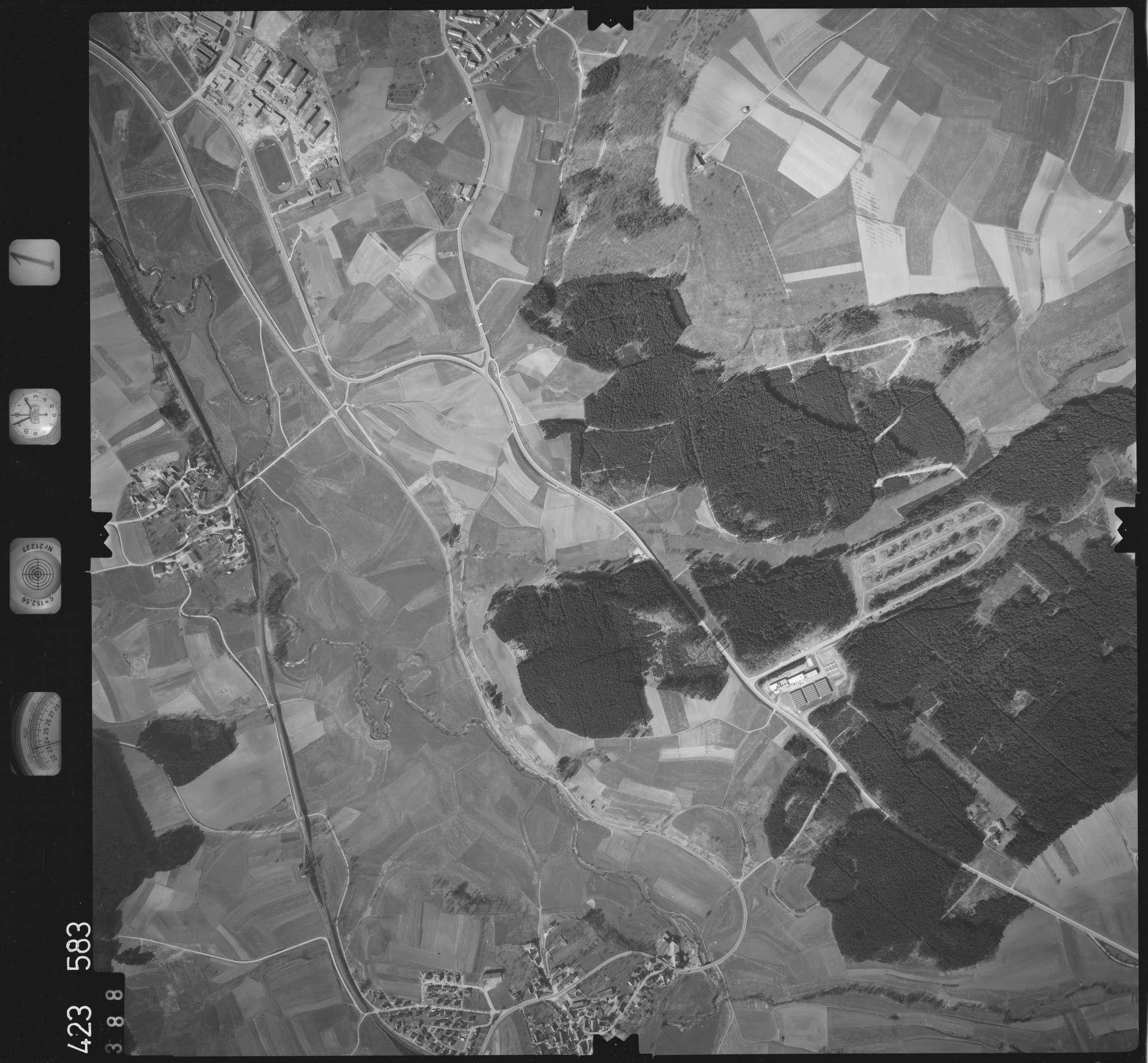 Luftbild: Film 1 Bildnr. 388, Bild 1