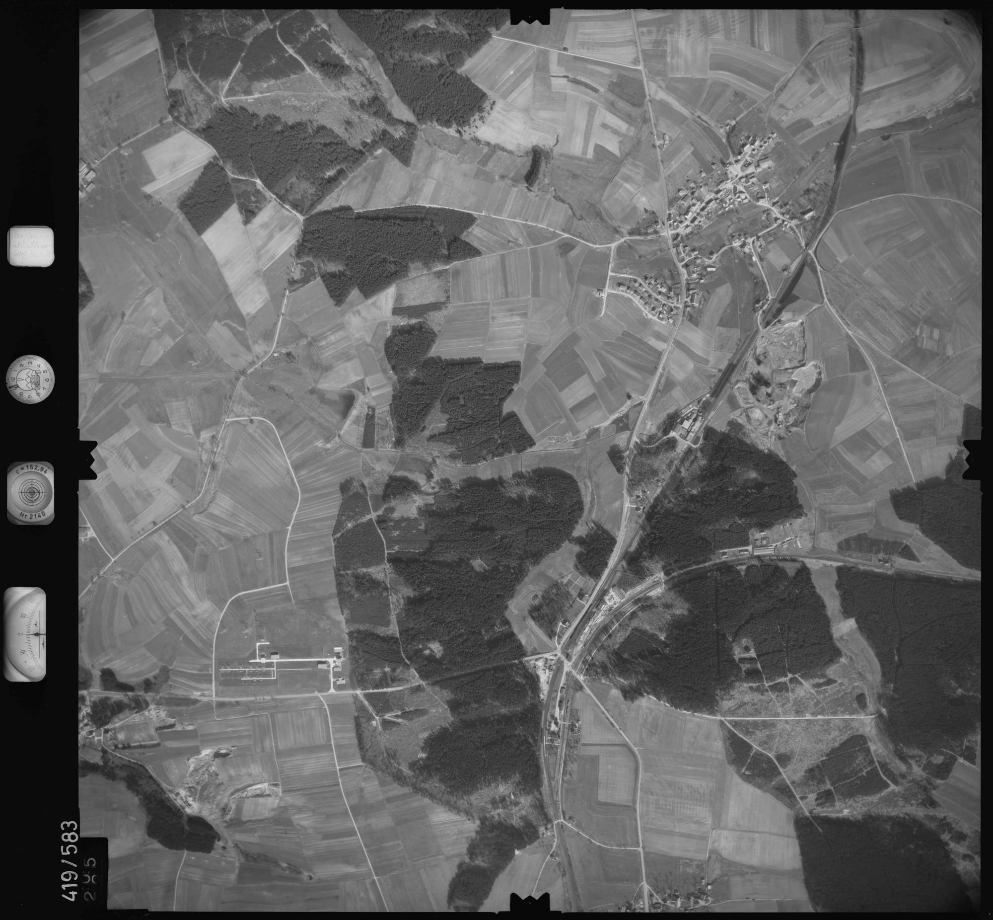 Luftbild: Film 6 Bildnr. 305, Bild 1