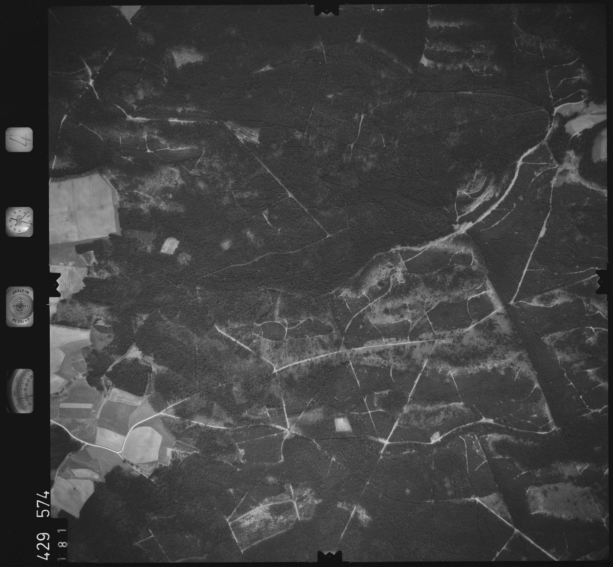 Luftbild: Film 4 Bildnr. 181, Bild 1