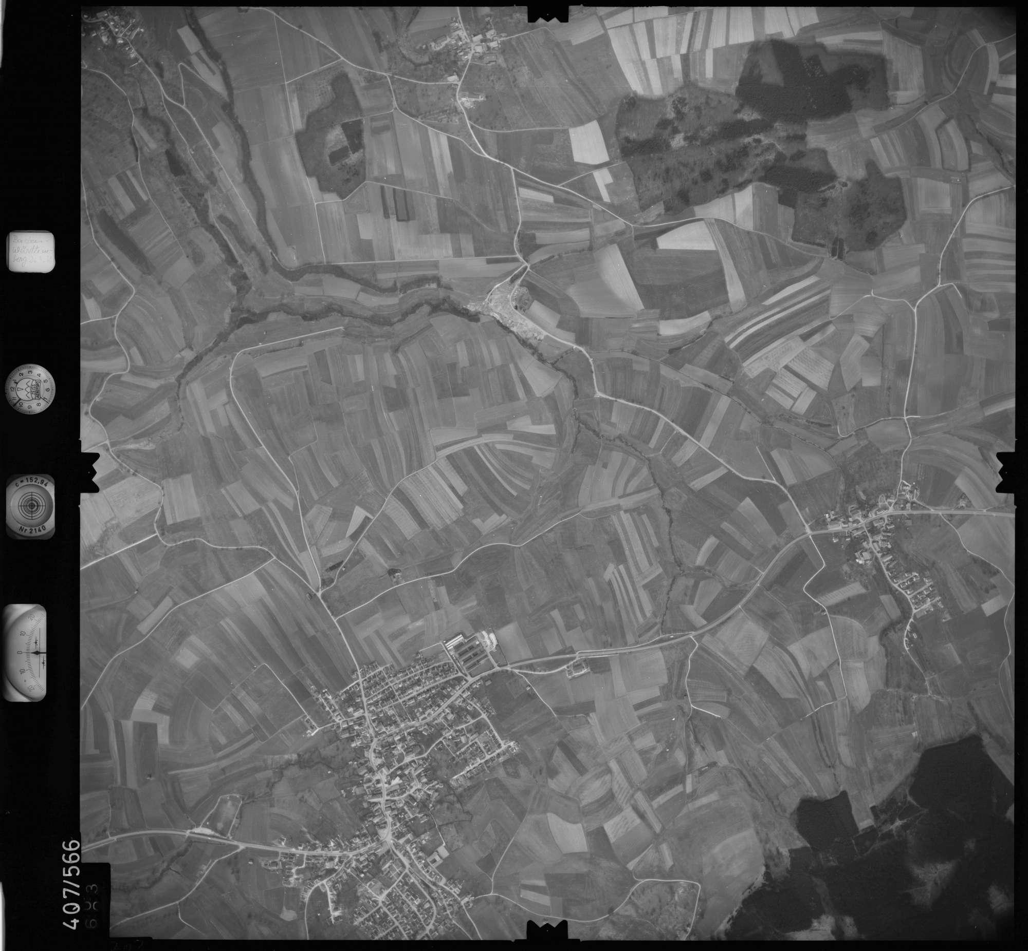Luftbild: Film 7 Bildnr. 703, Bild 1