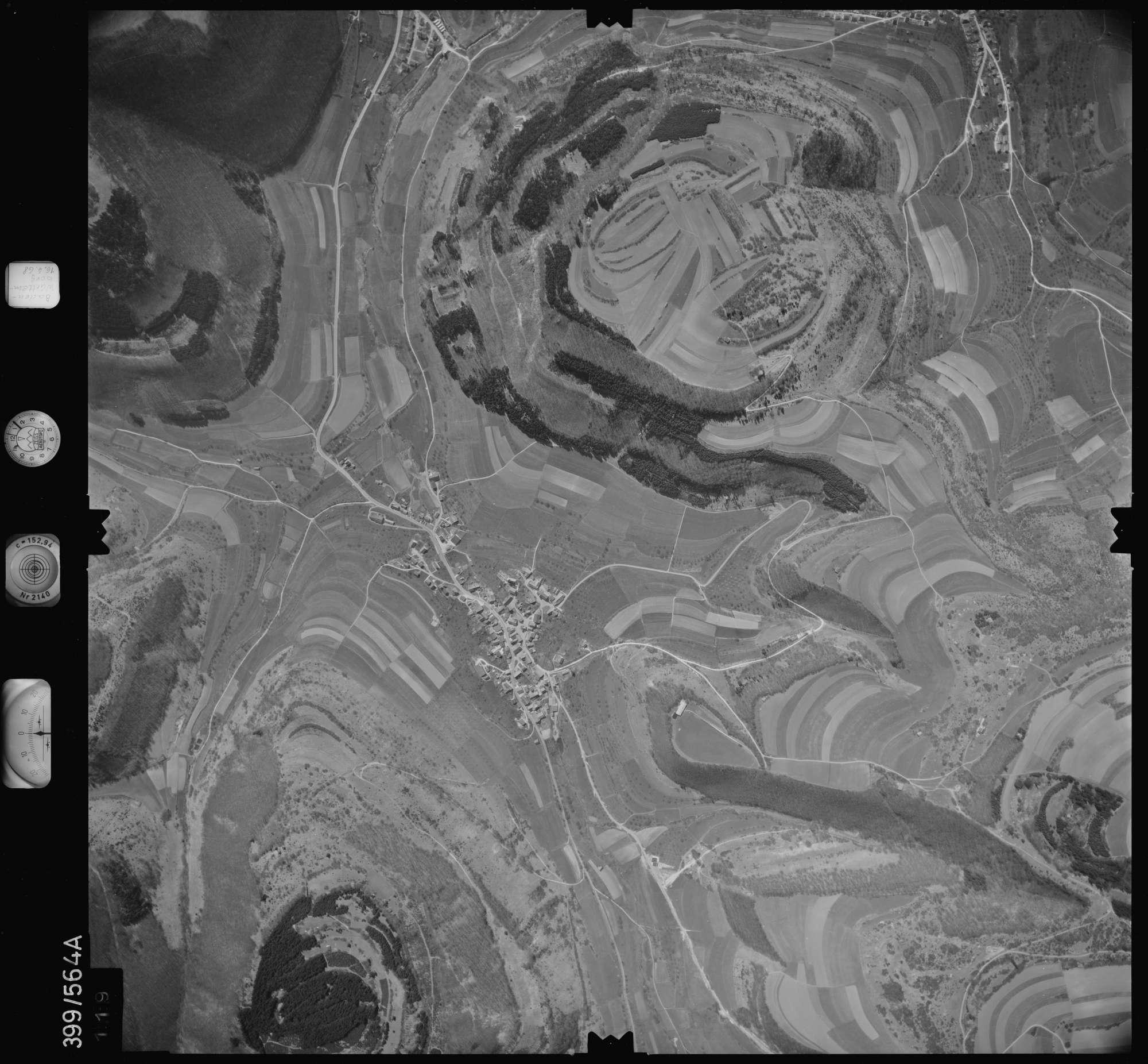 Luftbild: Film 32 Bildnr. 119, Bild 1