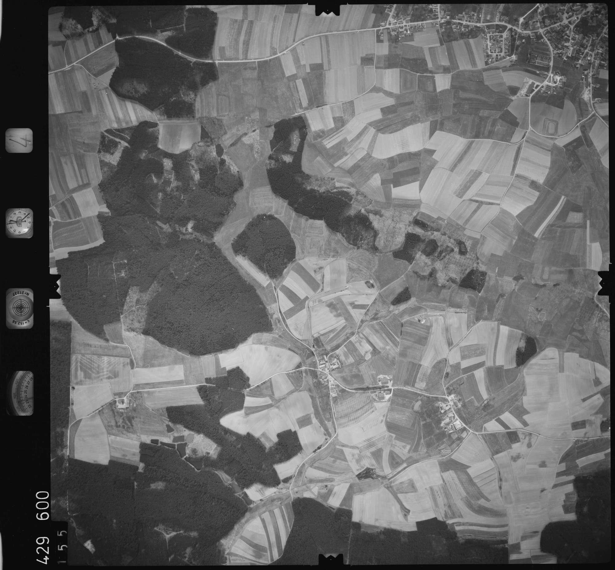 Luftbild: Film 4 Bildnr. 155, Bild 1
