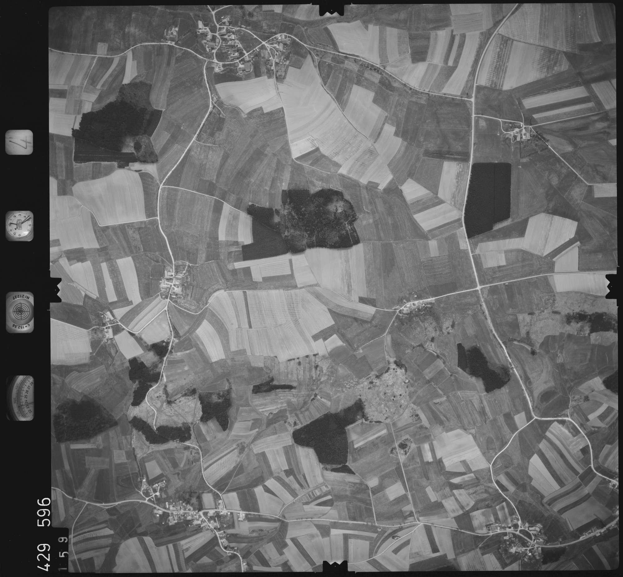 Luftbild: Film 4 Bildnr. 159, Bild 1