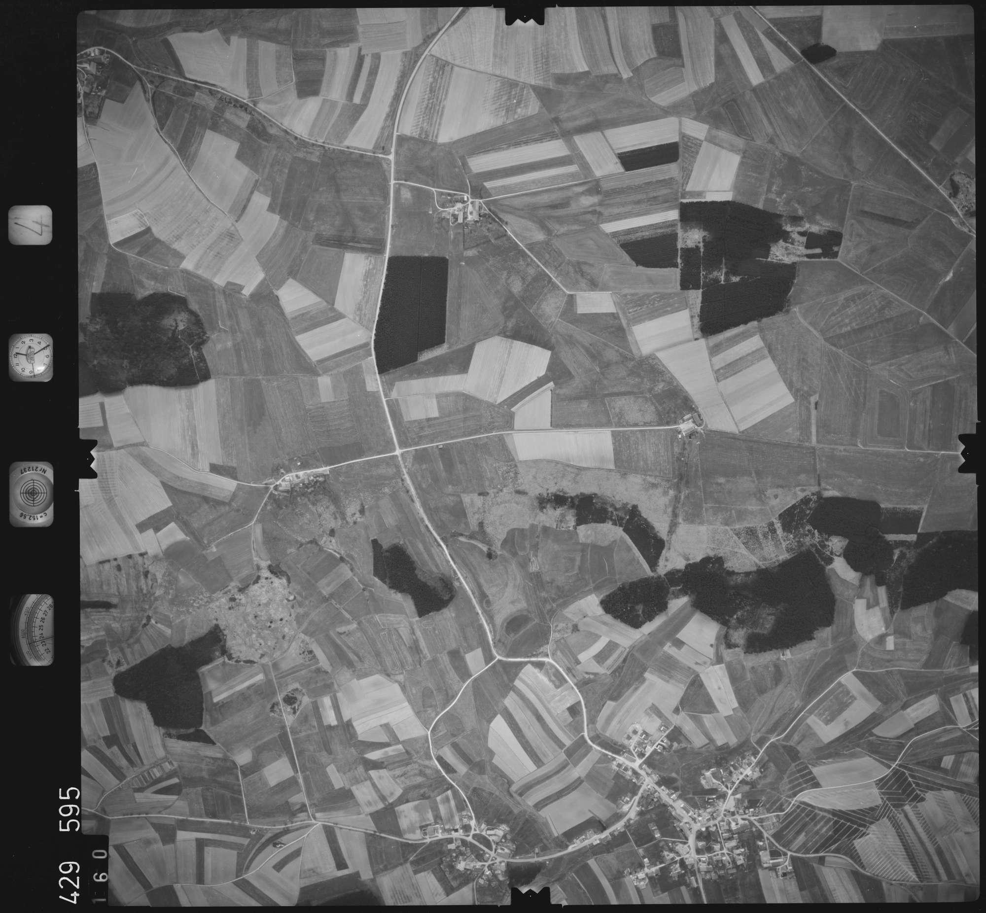 Luftbild: Film 4 Bildnr. 160, Bild 1