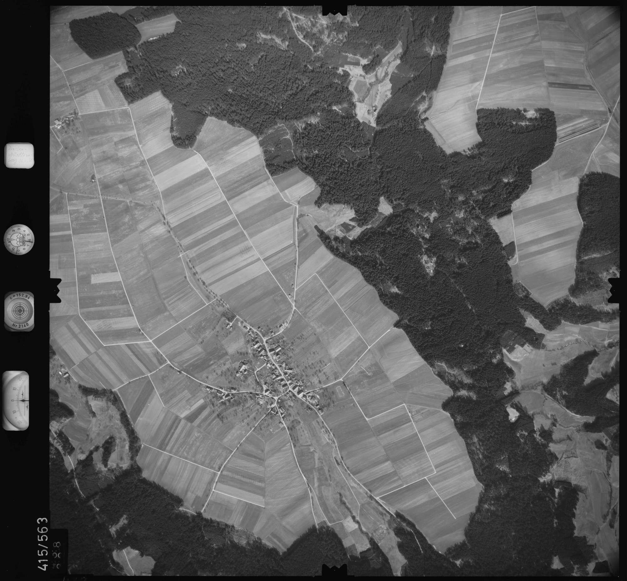 Luftbild: Film 6 Bildnr. 438, Bild 1