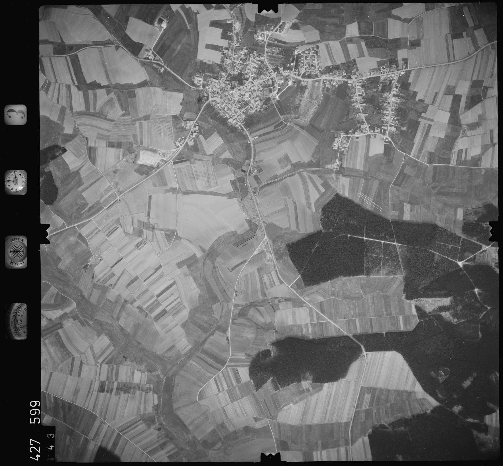Luftbild: Film 3 Bildnr. 143, Bild 1