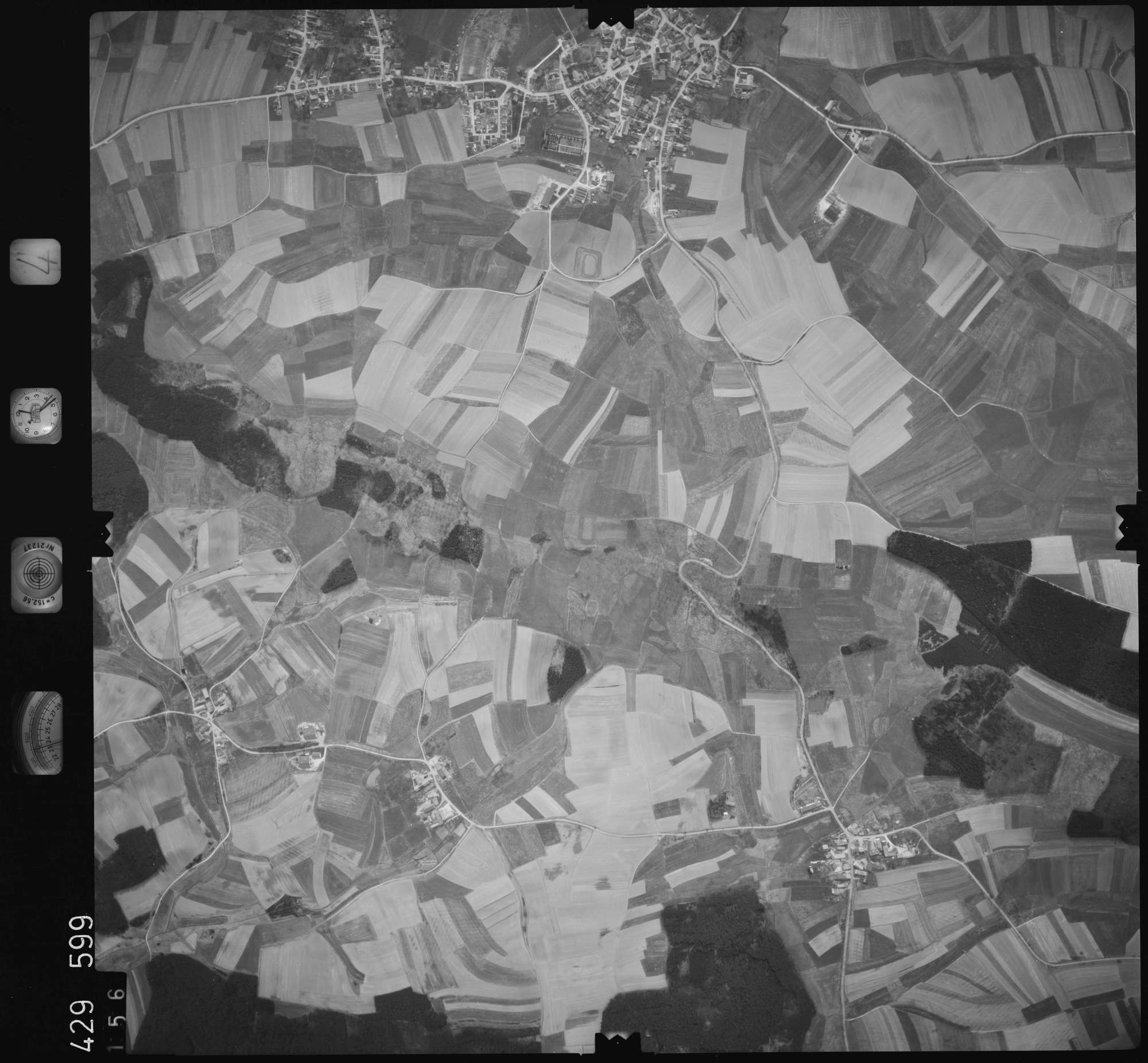 Luftbild: Film 4 Bildnr. 156, Bild 1