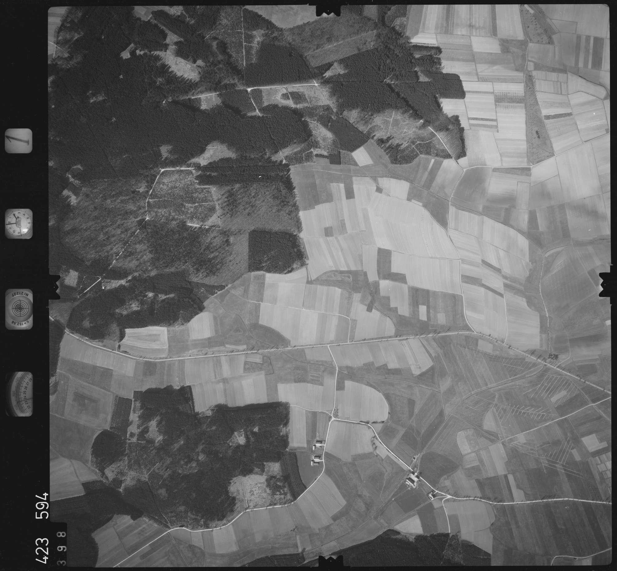 Luftbild: Film 1 Bildnr. 398, Bild 1