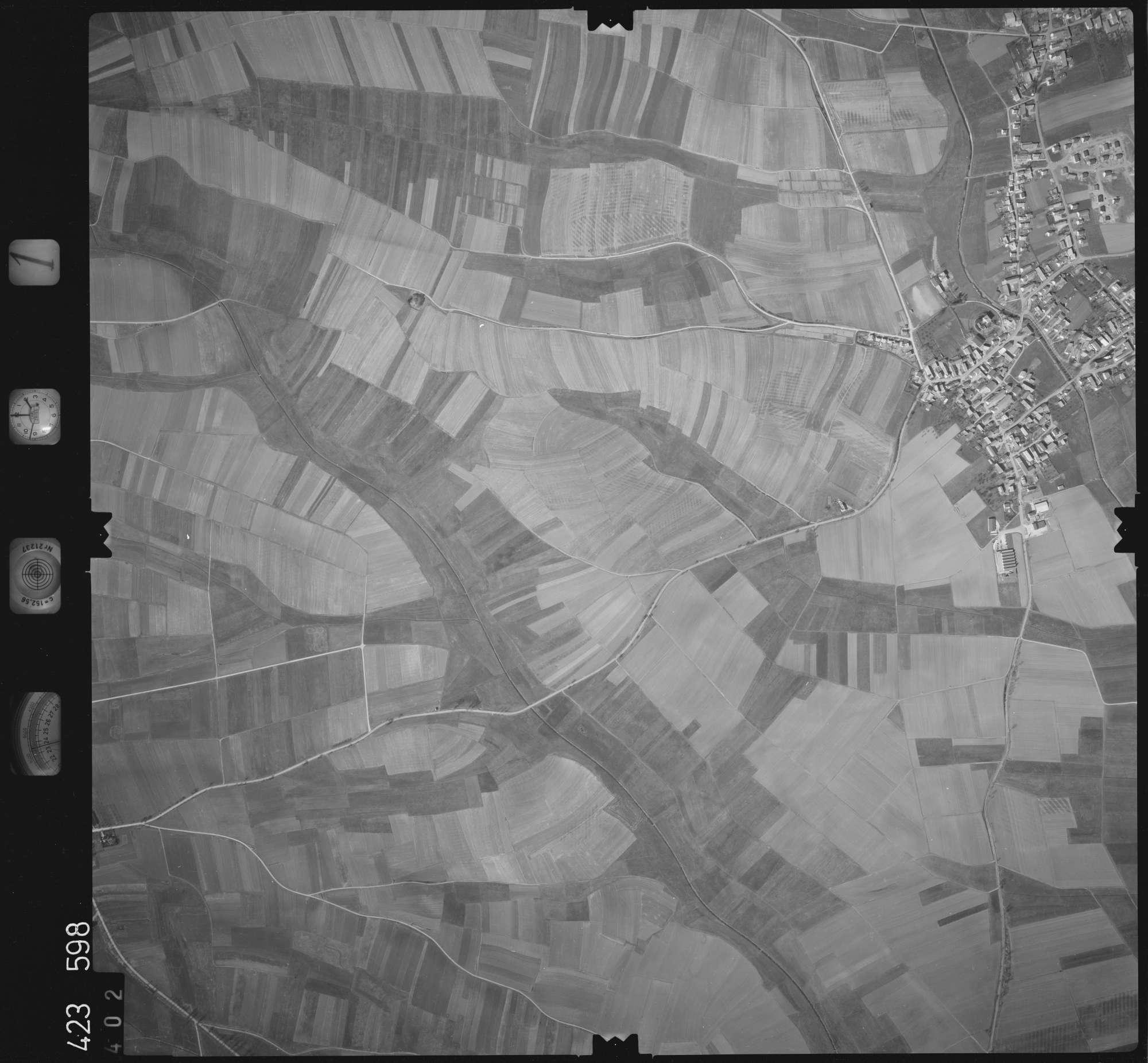 Luftbild: Film 1 Bildnr. 402, Bild 1