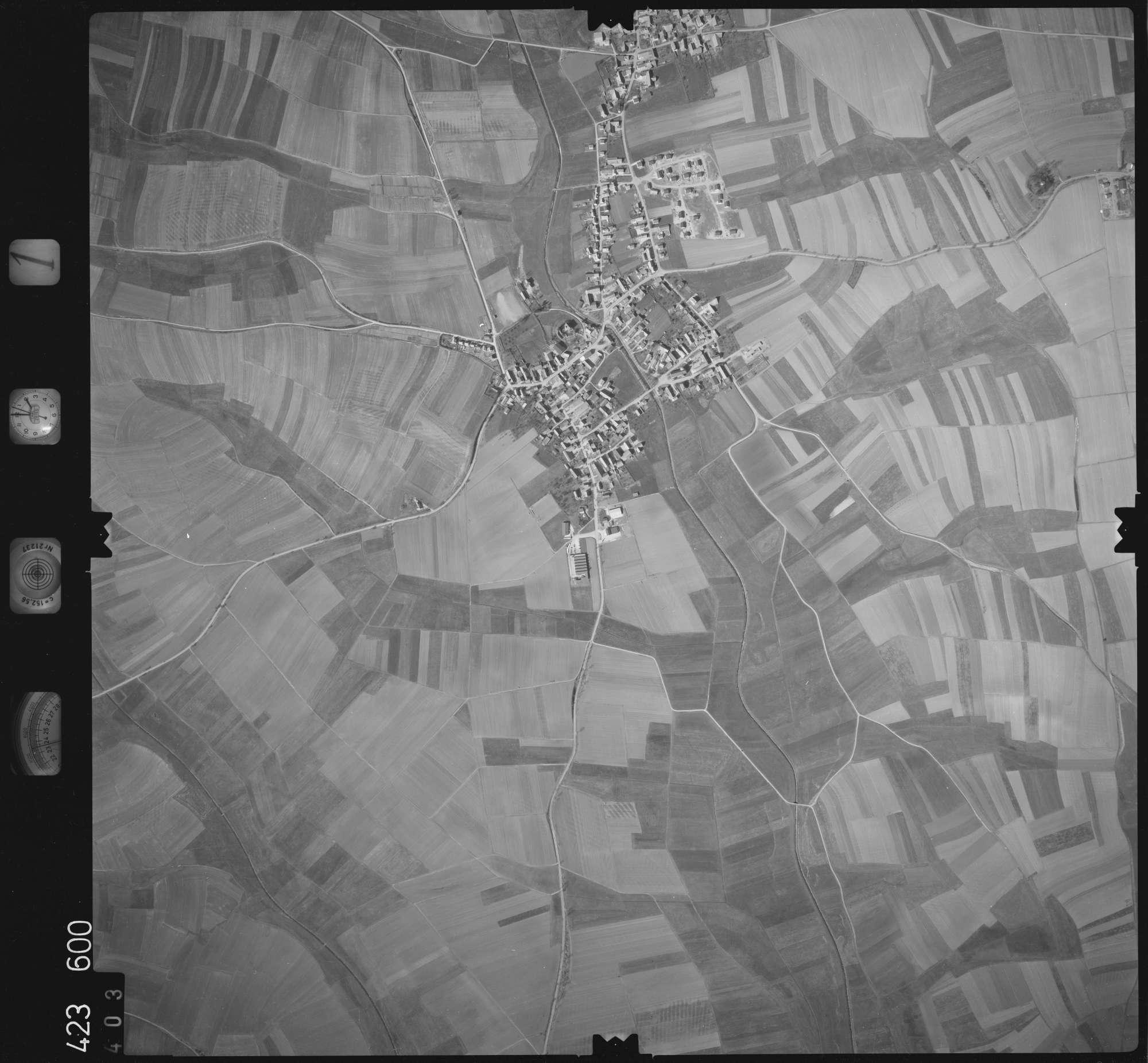 Luftbild: Film 1 Bildnr. 403, Bild 1