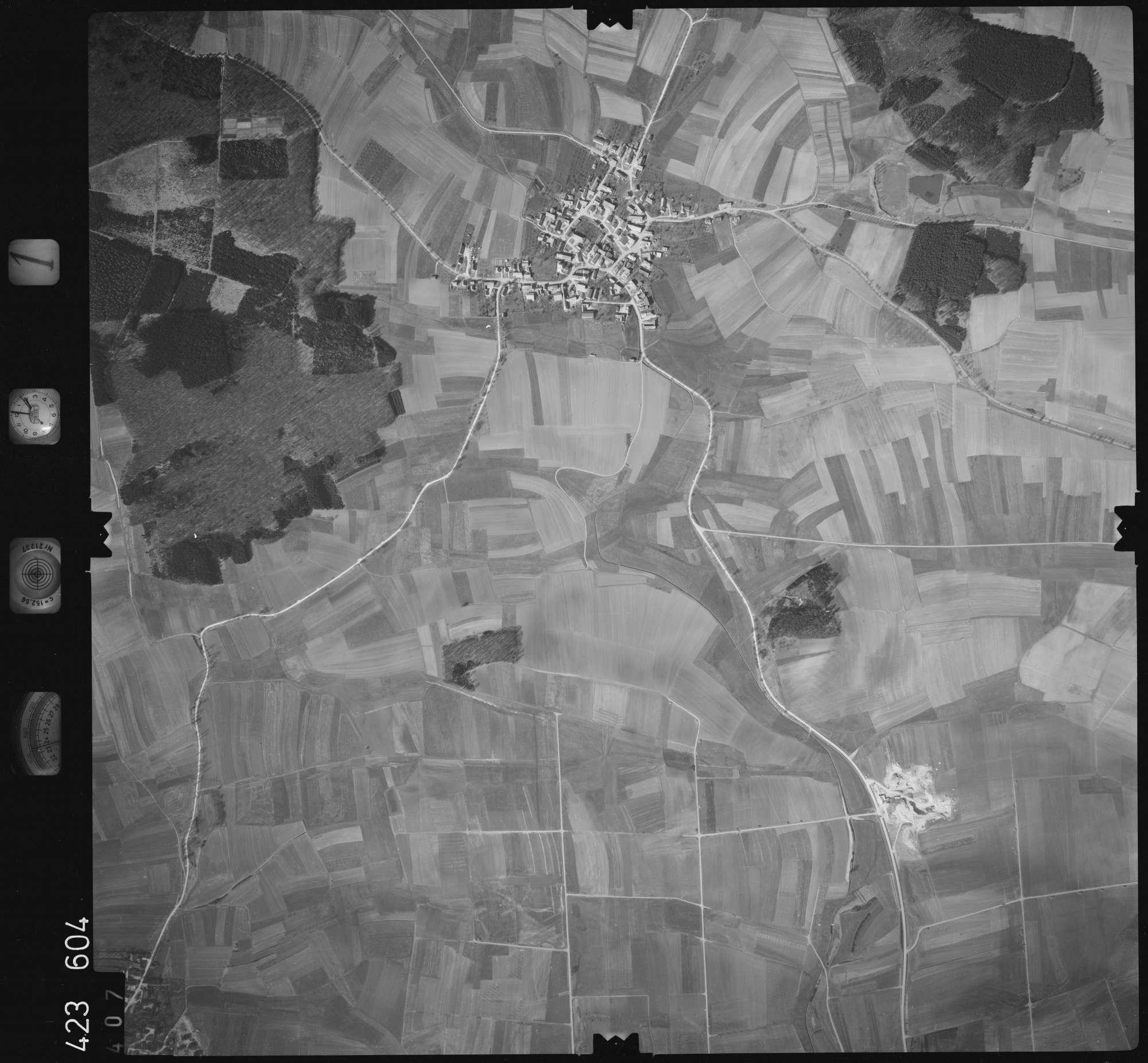 Luftbild: Film 1 Bildnr. 407, Bild 1