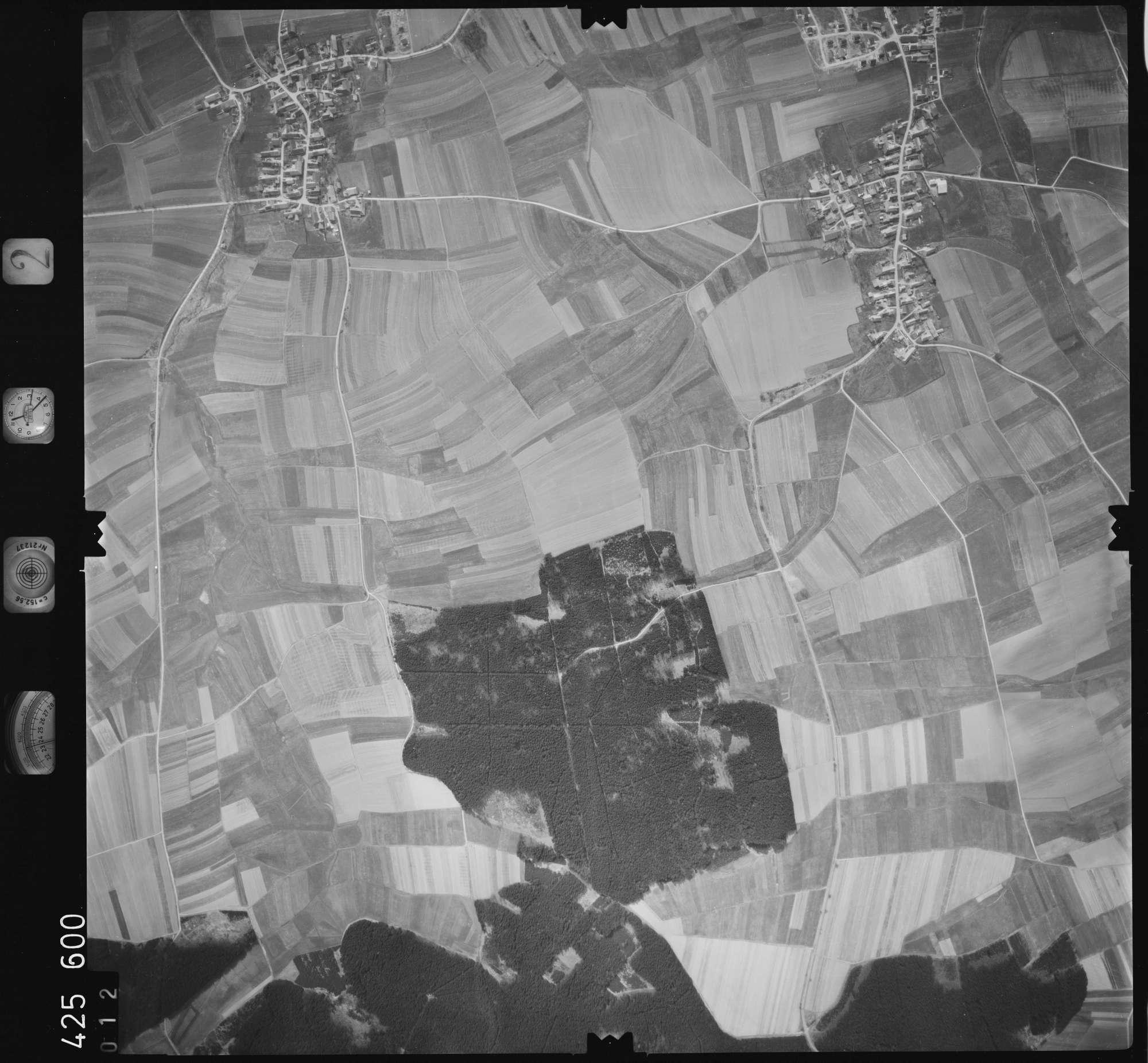 Luftbild: Film 2 Bildnr. 12, Bild 1