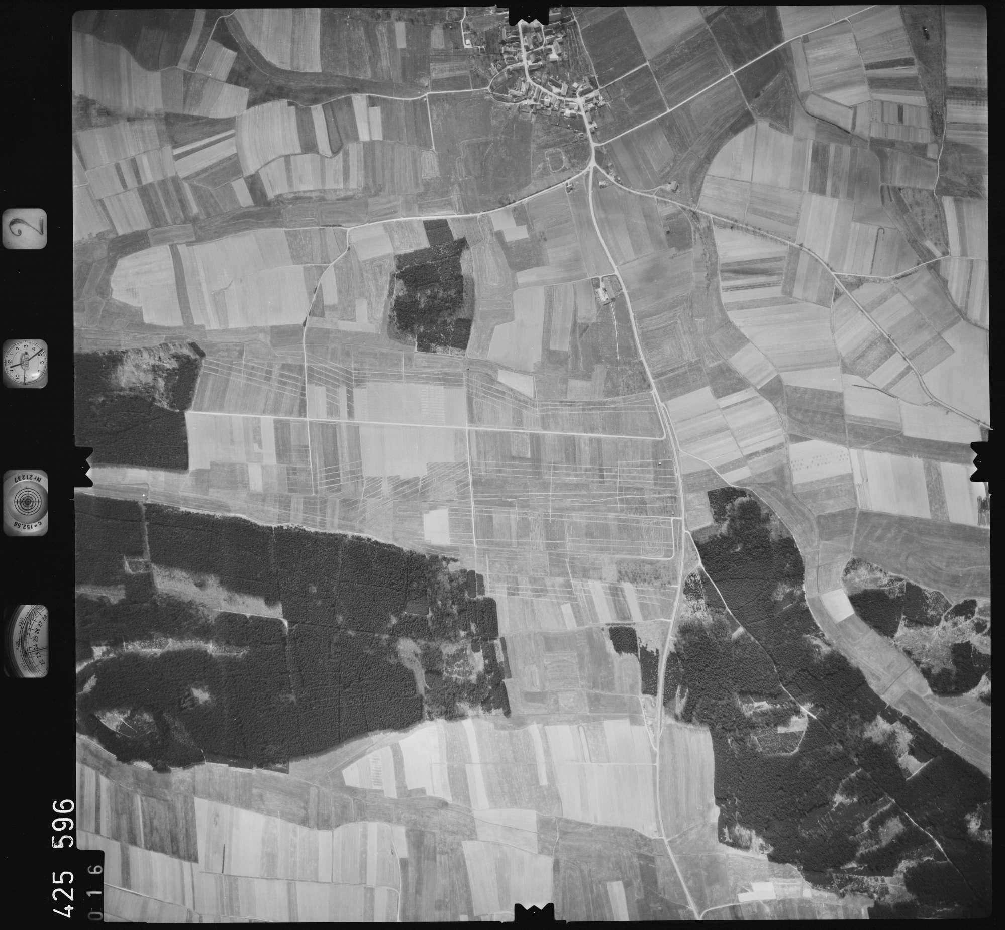 Luftbild: Film 2 Bildnr. 16, Bild 1