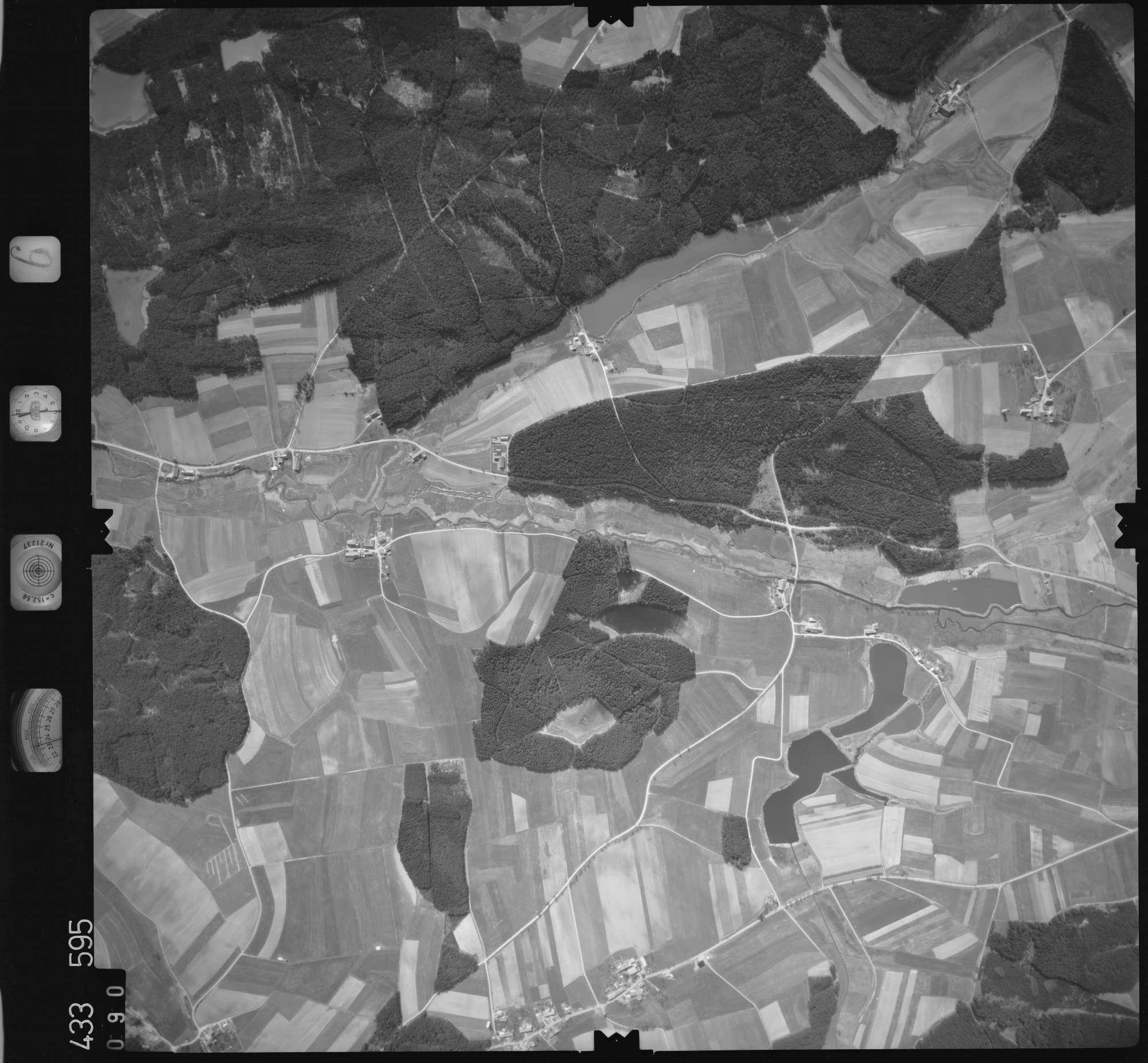 Luftbild: Film 6 Bildnr. 90, Bild 1