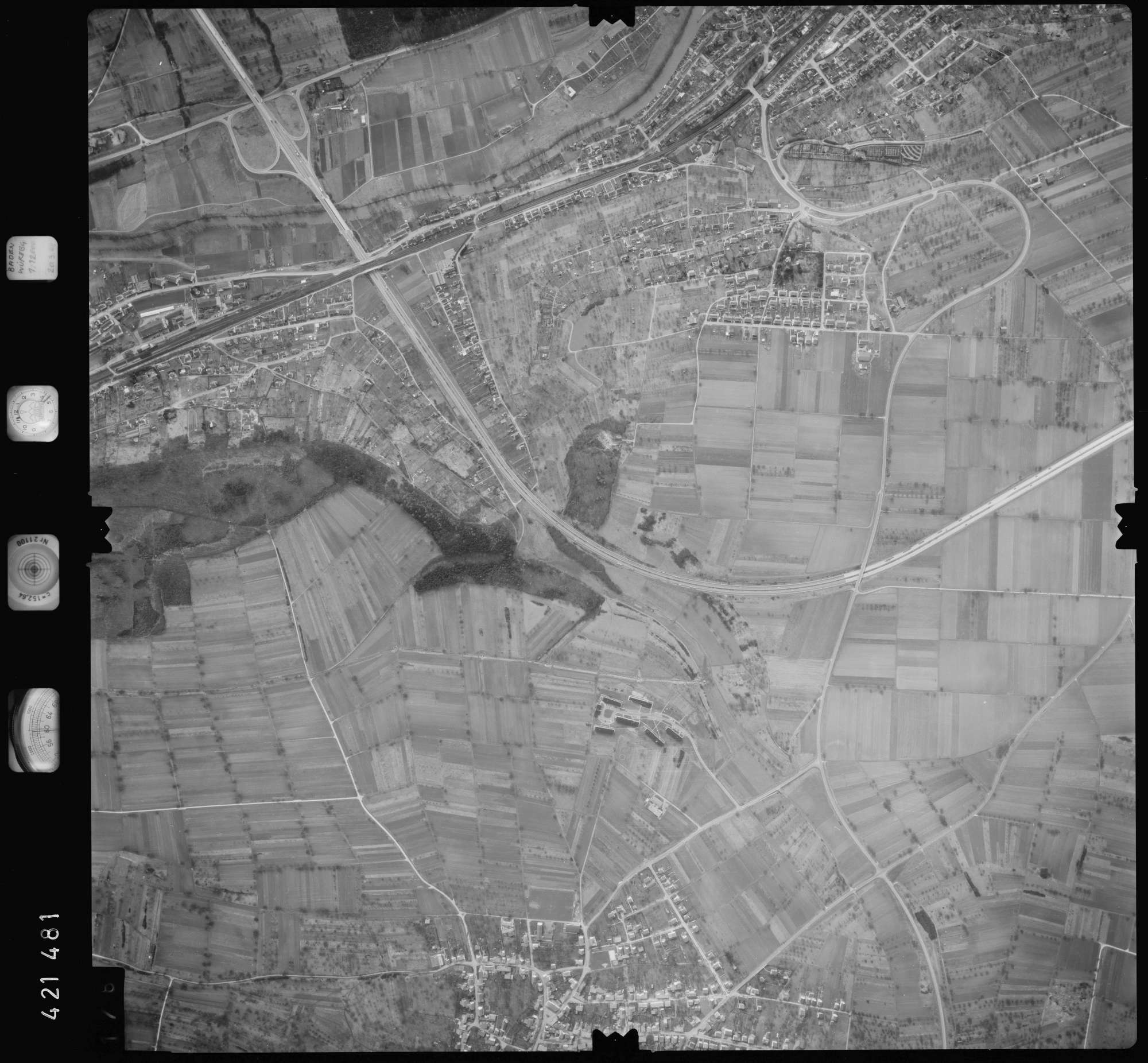 Luftbild: Film 1 Bildnr. 176, Bild 1
