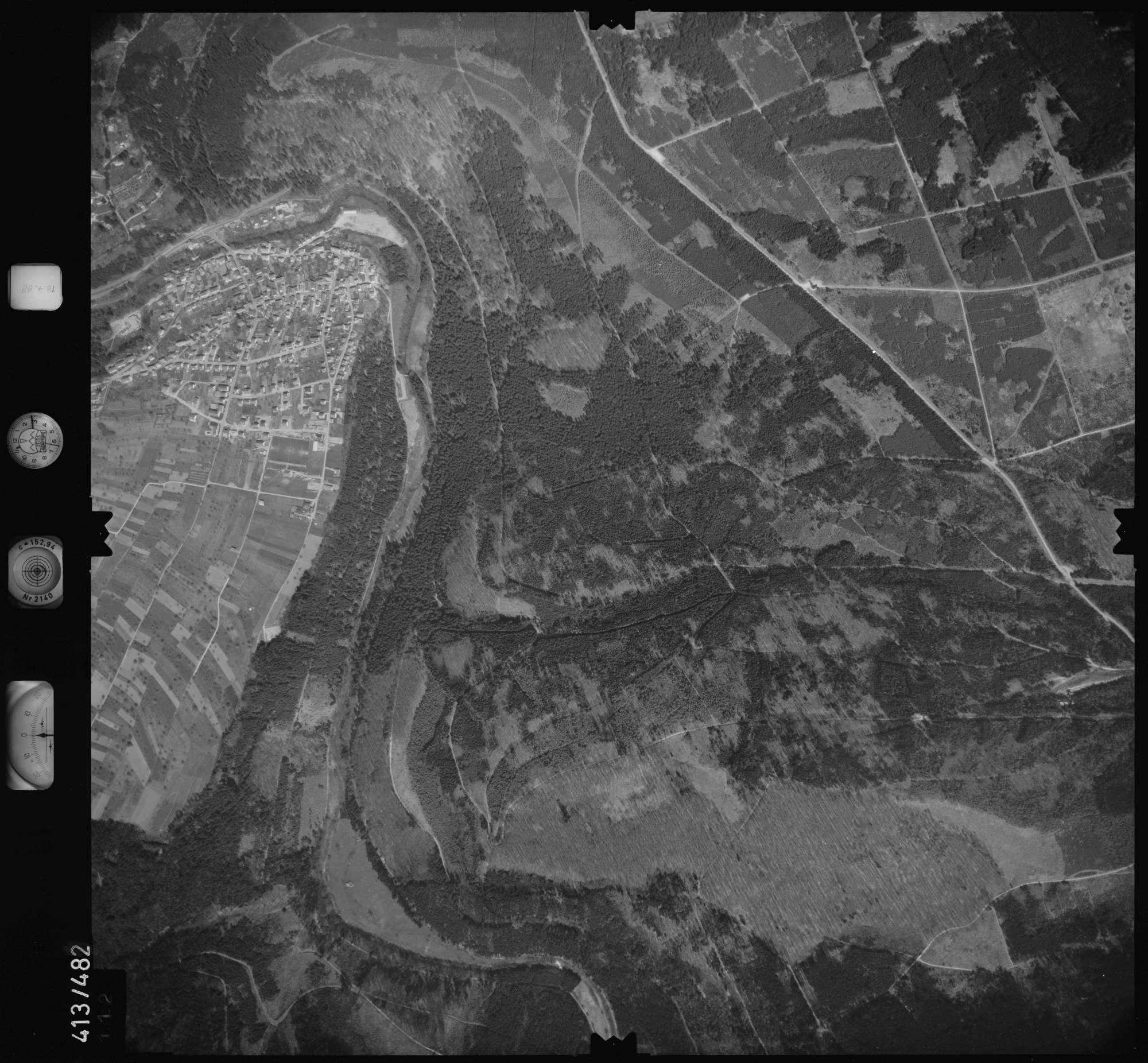 Luftbild: Film 4 Bildnr. 112, Bild 1