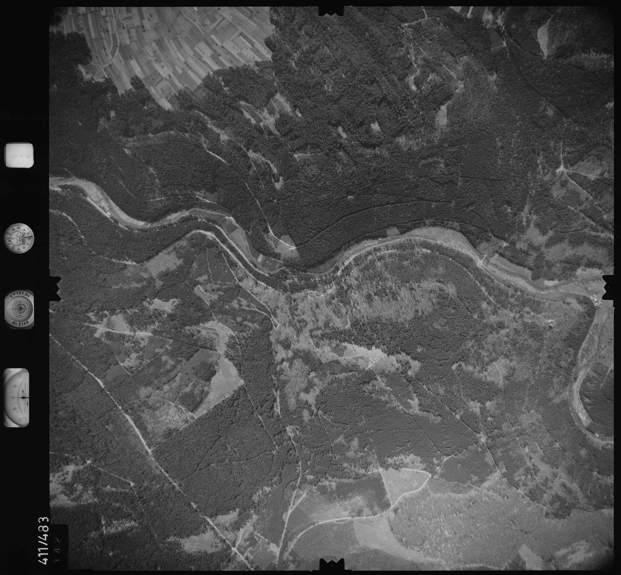 Luftbild: Film 4 Bildnr. 142, Bild 1