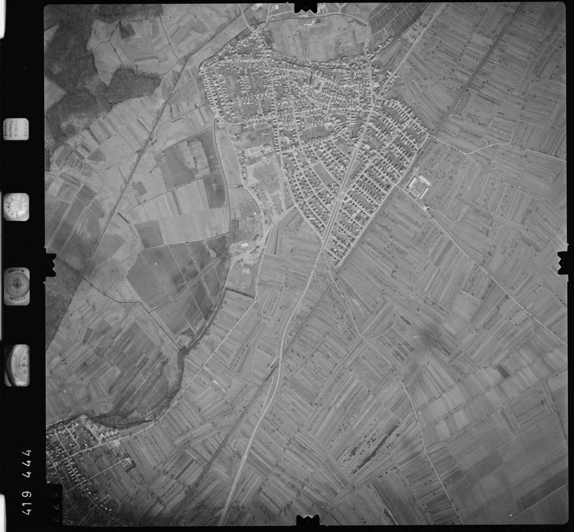 Luftbild: Film 1 Bildnr. 228, Bild 1
