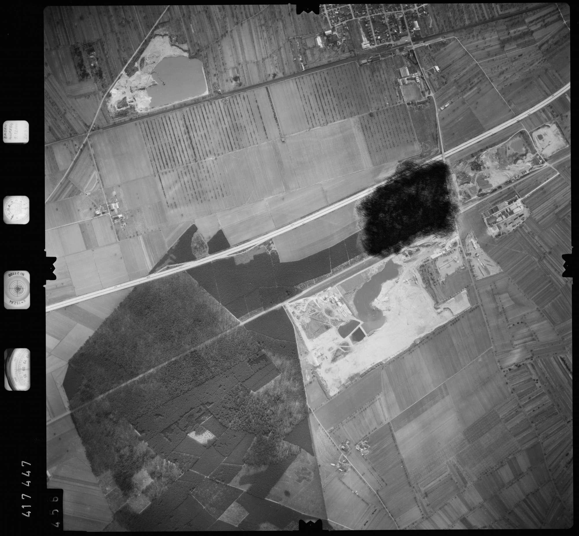 Luftbild: Film 2 Bildnr. 456, Bild 1