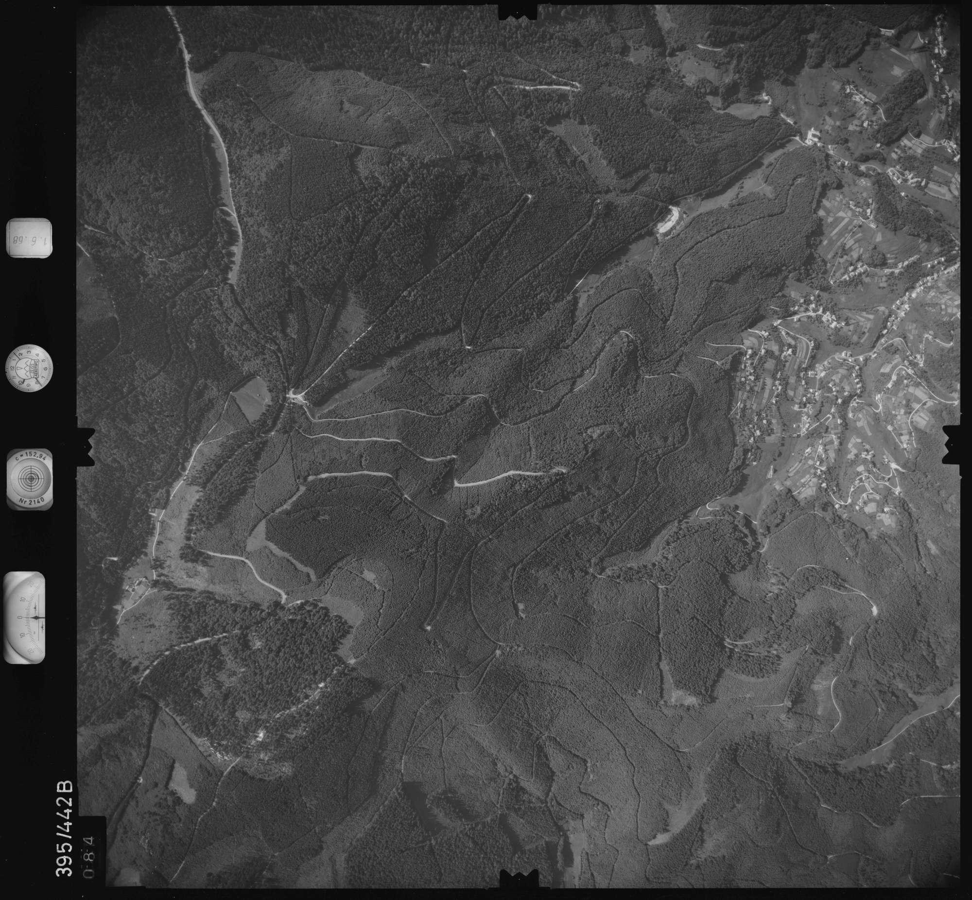 Luftbild: Film 16 Bildnr. 84, Bild 1