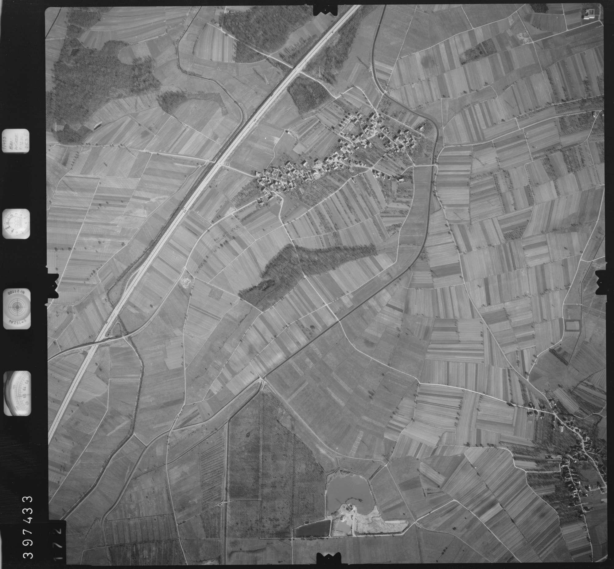 Luftbild: Film 17 Bildnr. 172, Bild 1