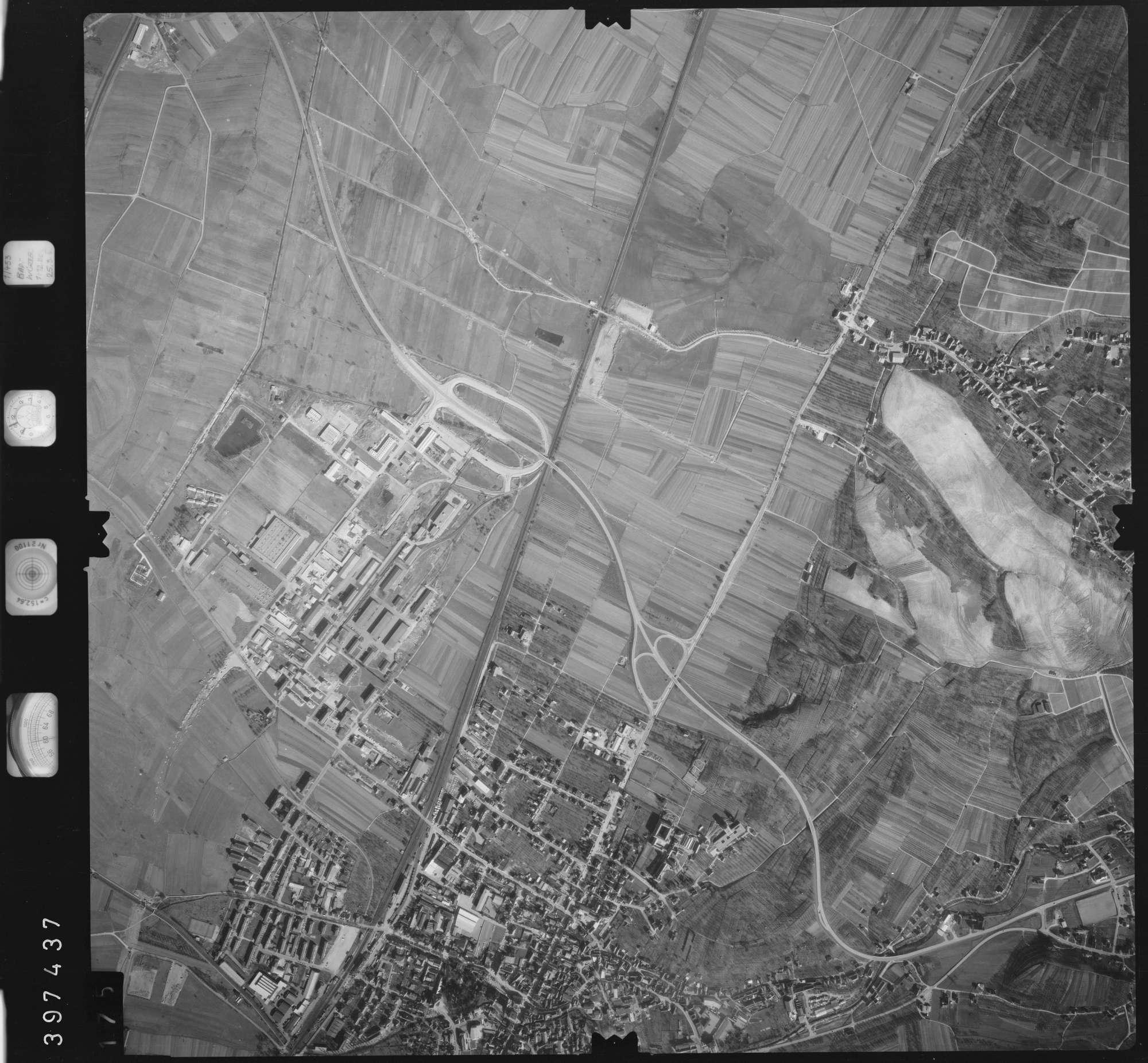 Luftbild: Film 17 Bildnr. 175, Bild 1