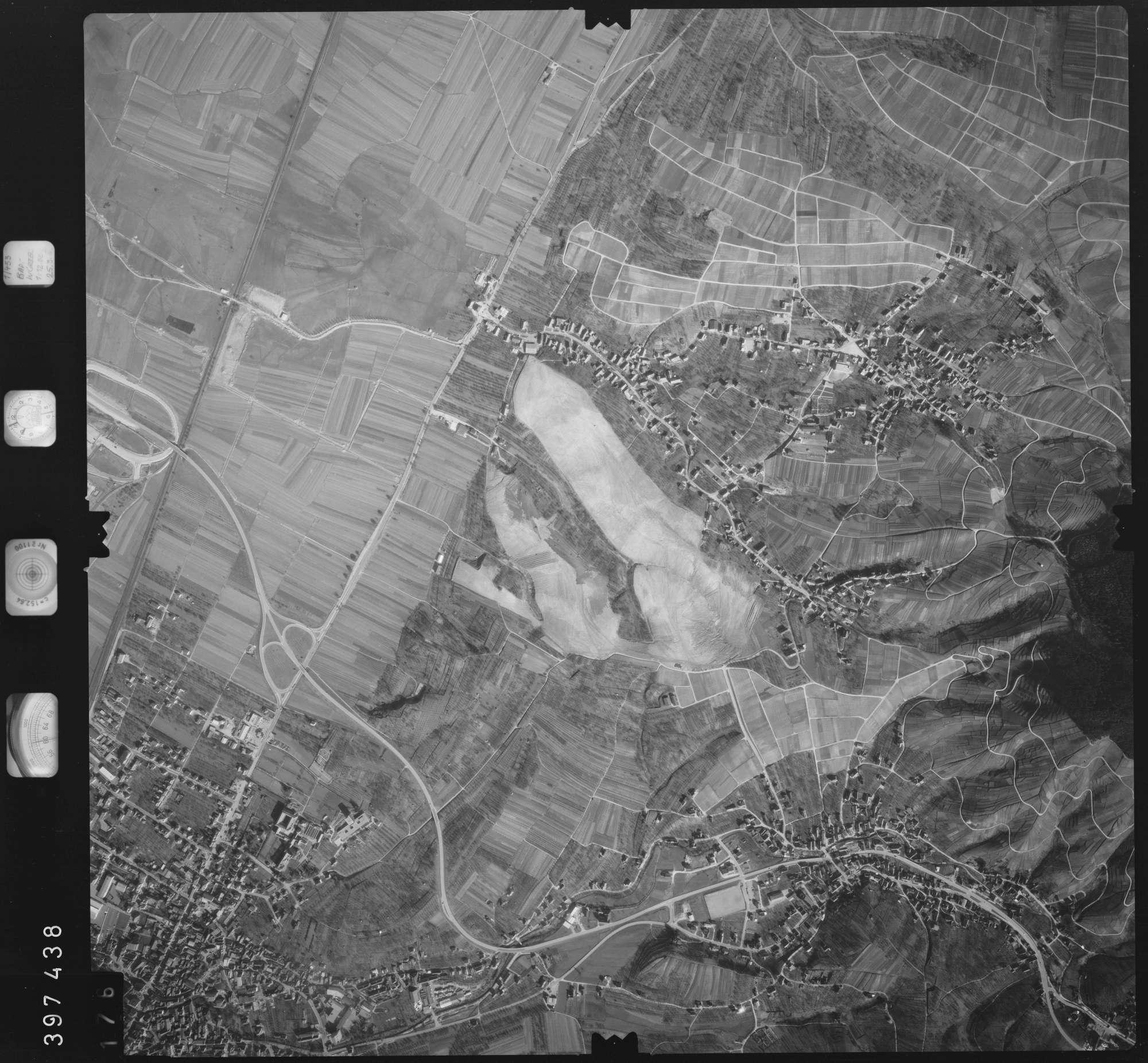 Luftbild: Film 17 Bildnr. 176, Bild 1