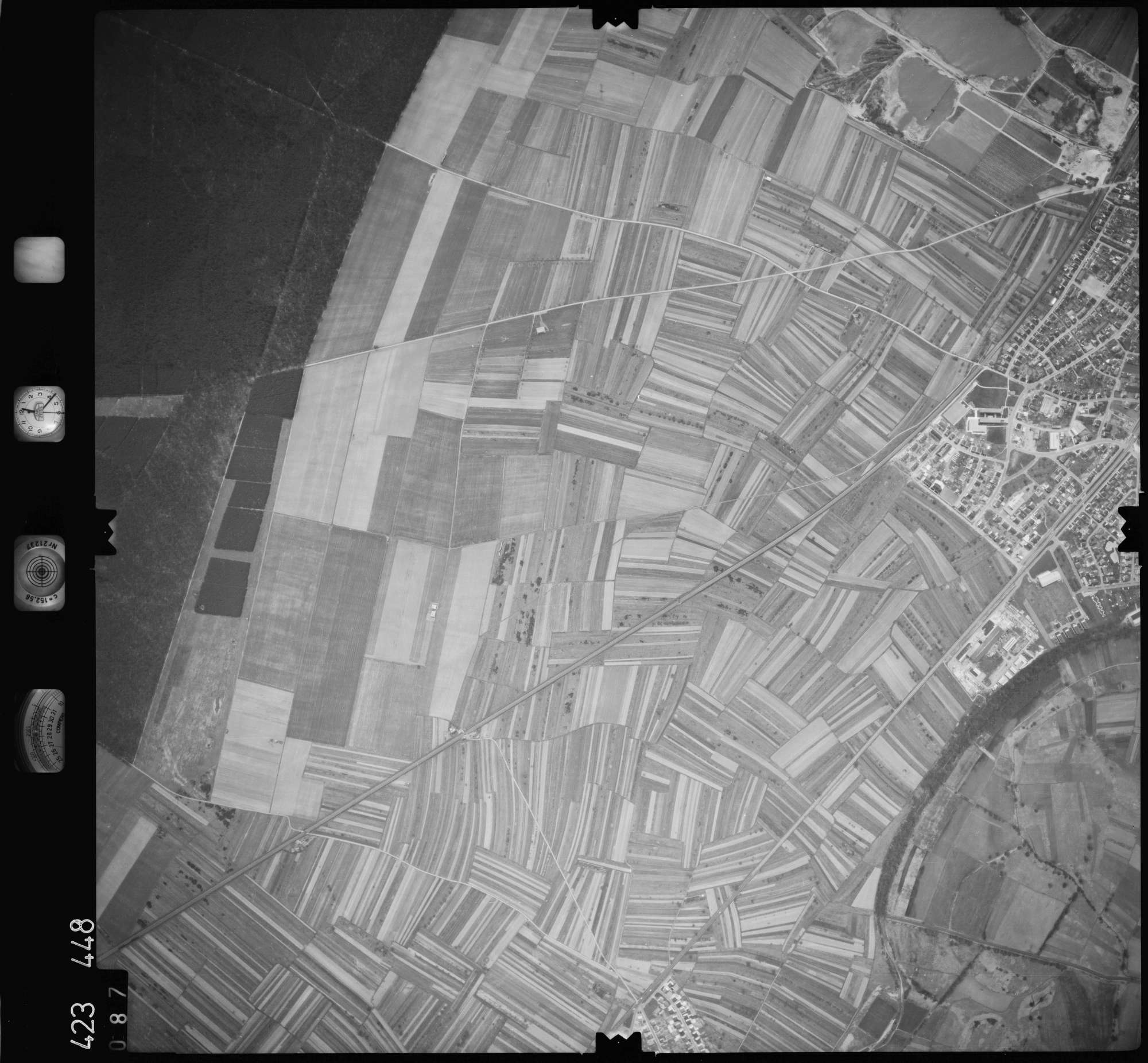 Luftbild: Film 1 Bildnr. 87, Bild 1