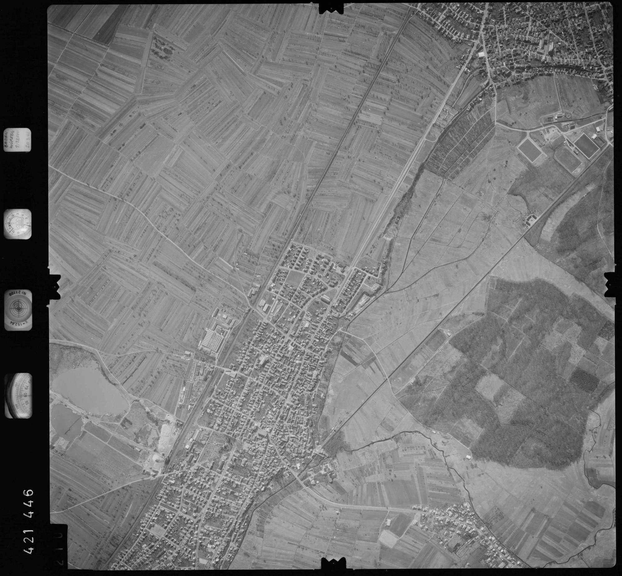 Luftbild: Film 1 Bildnr. 210, Bild 1