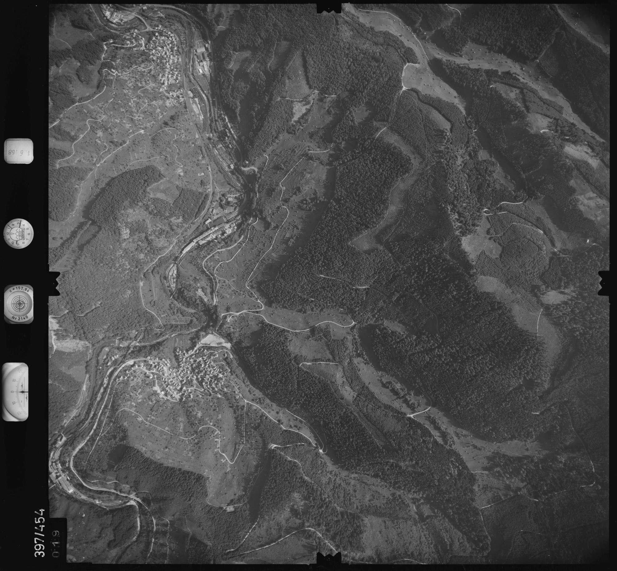 Luftbild: Film 16 Bildnr. 19, Bild 1