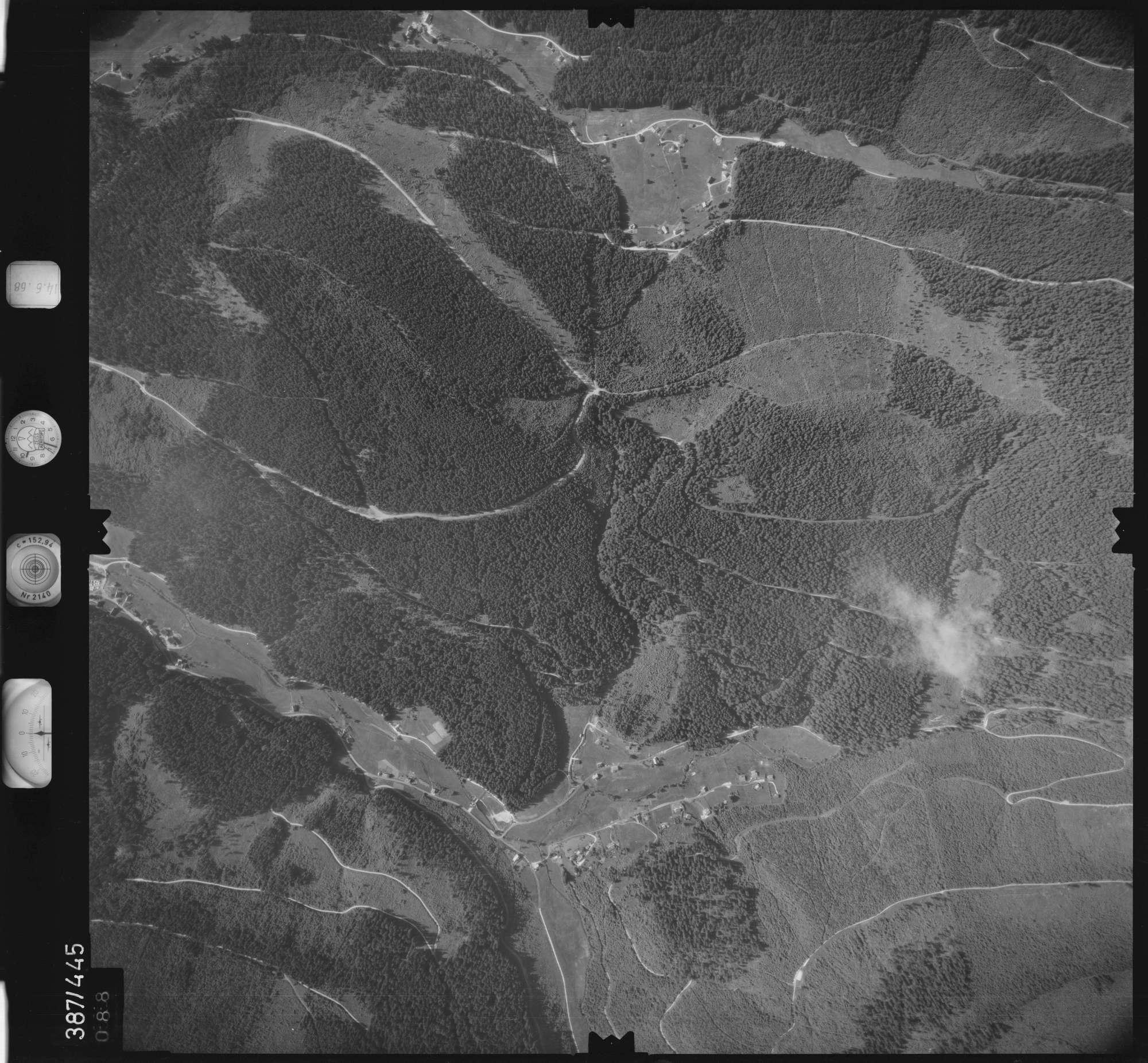 Luftbild: Film 21 Bildnr. 88, Bild 1