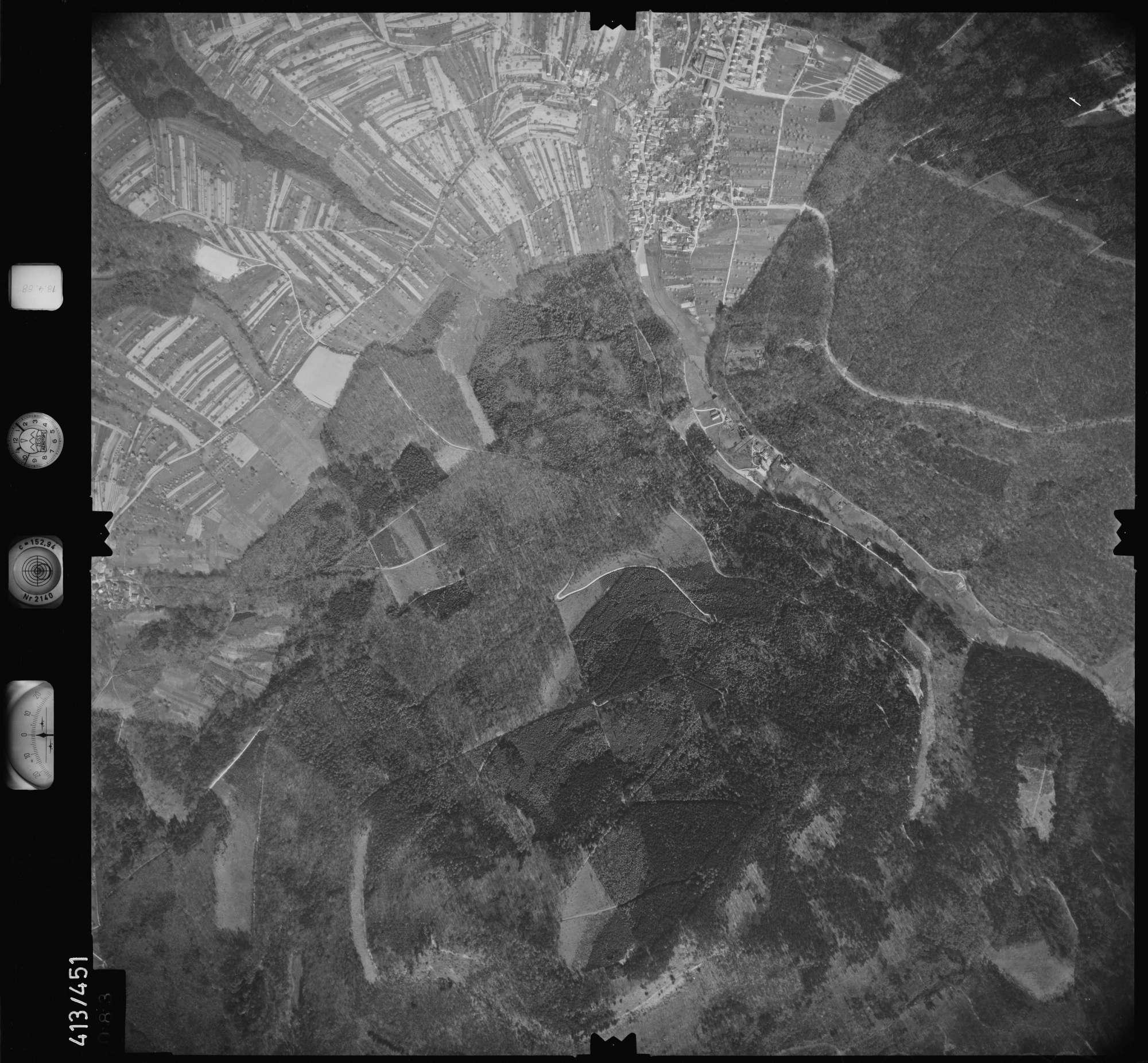 Luftbild: Film 4 Bildnr. 83, Bild 1