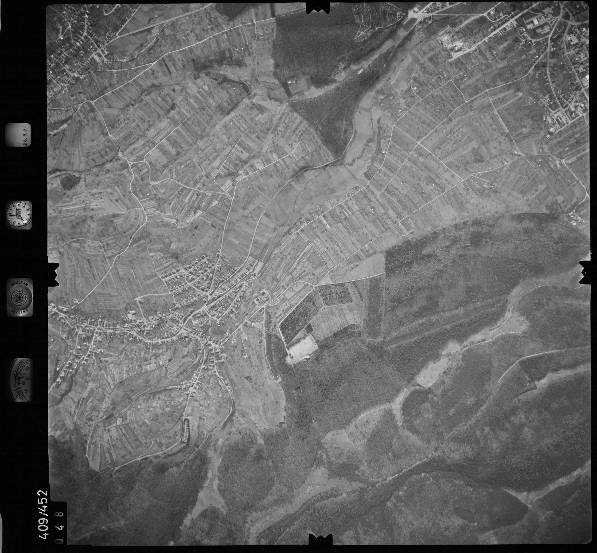 Luftbild: Film 8 Bildnr. 48, Bild 1