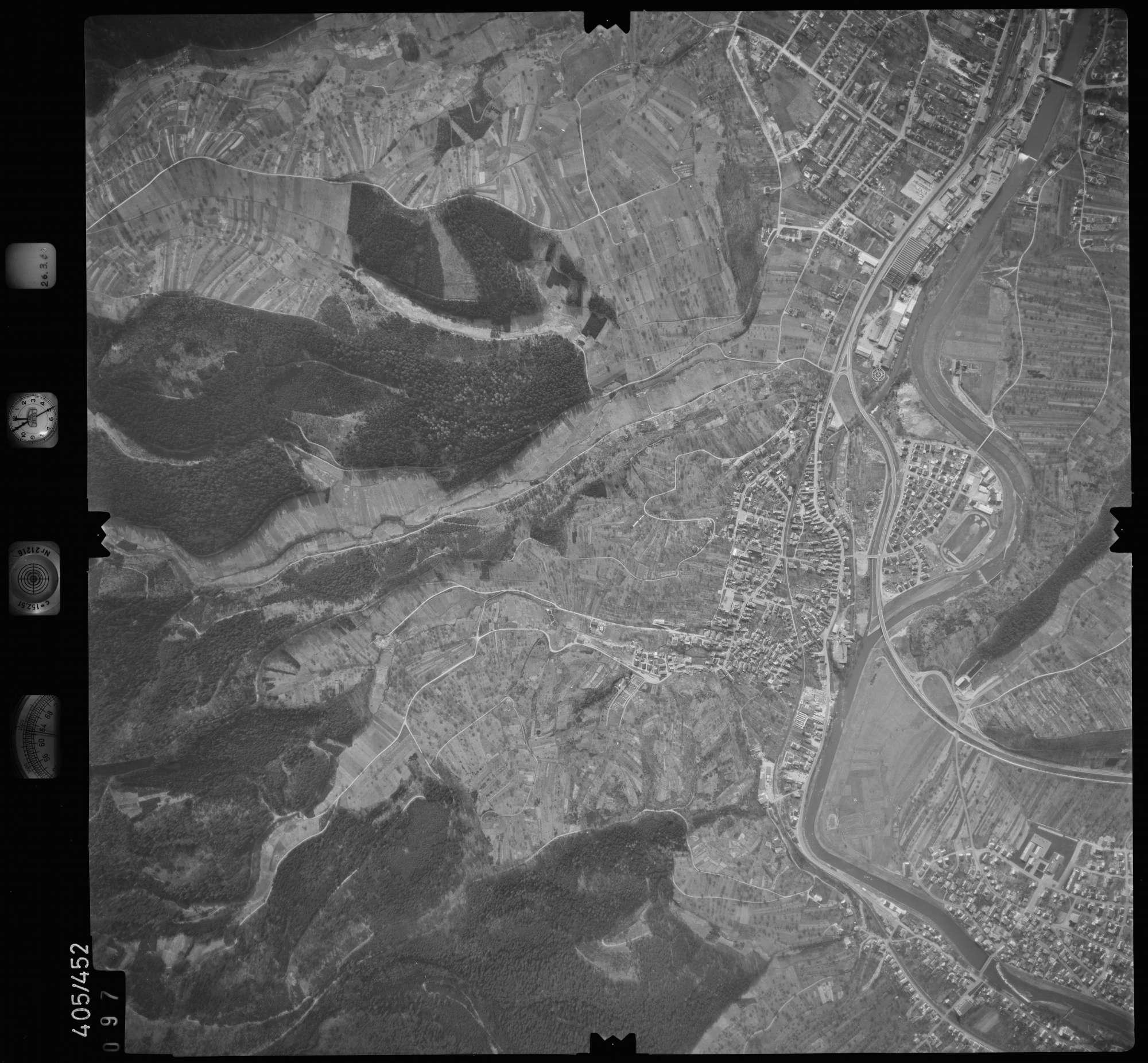 Luftbild: Film 8 Bildnr. 97, Bild 1