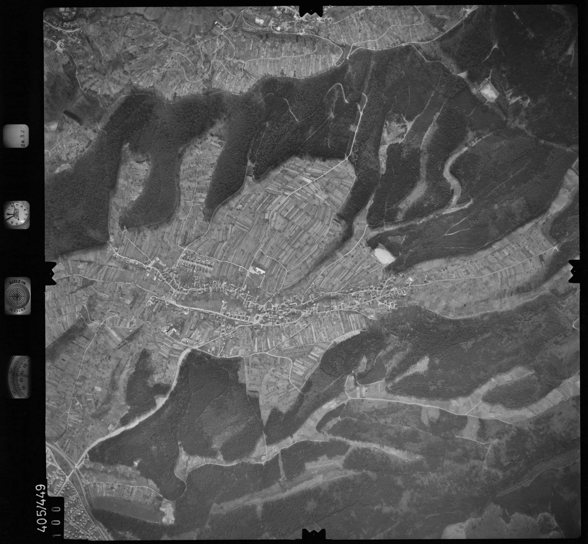 Luftbild: Film 8 Bildnr. 100, Bild 1