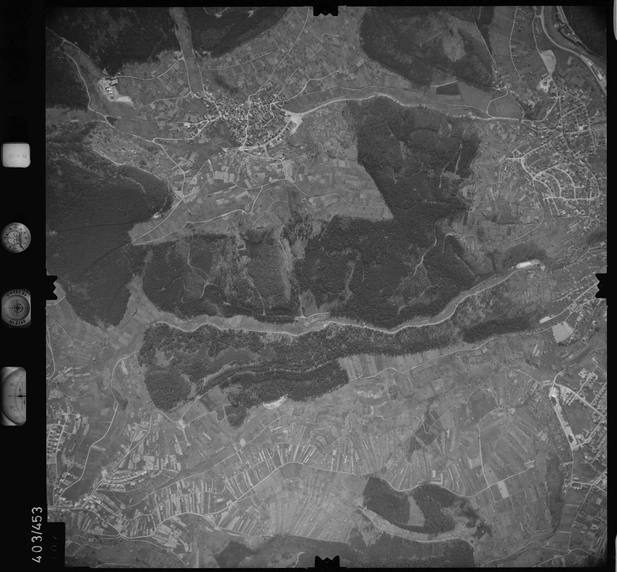 Luftbild: Film 9 Bildnr. 107, Bild 1