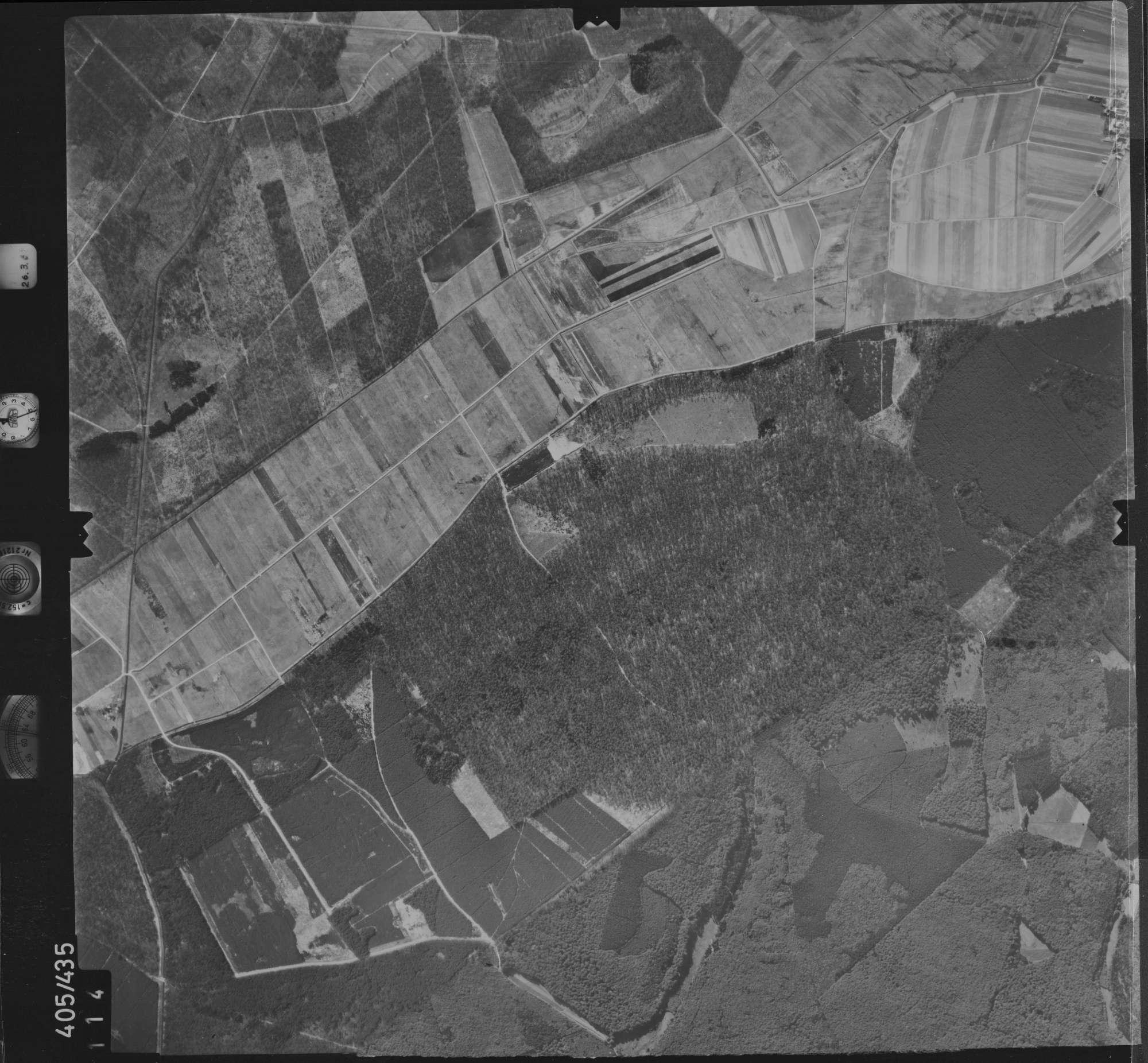 Luftbild: Film 8 Bildnr. 114, Bild 1