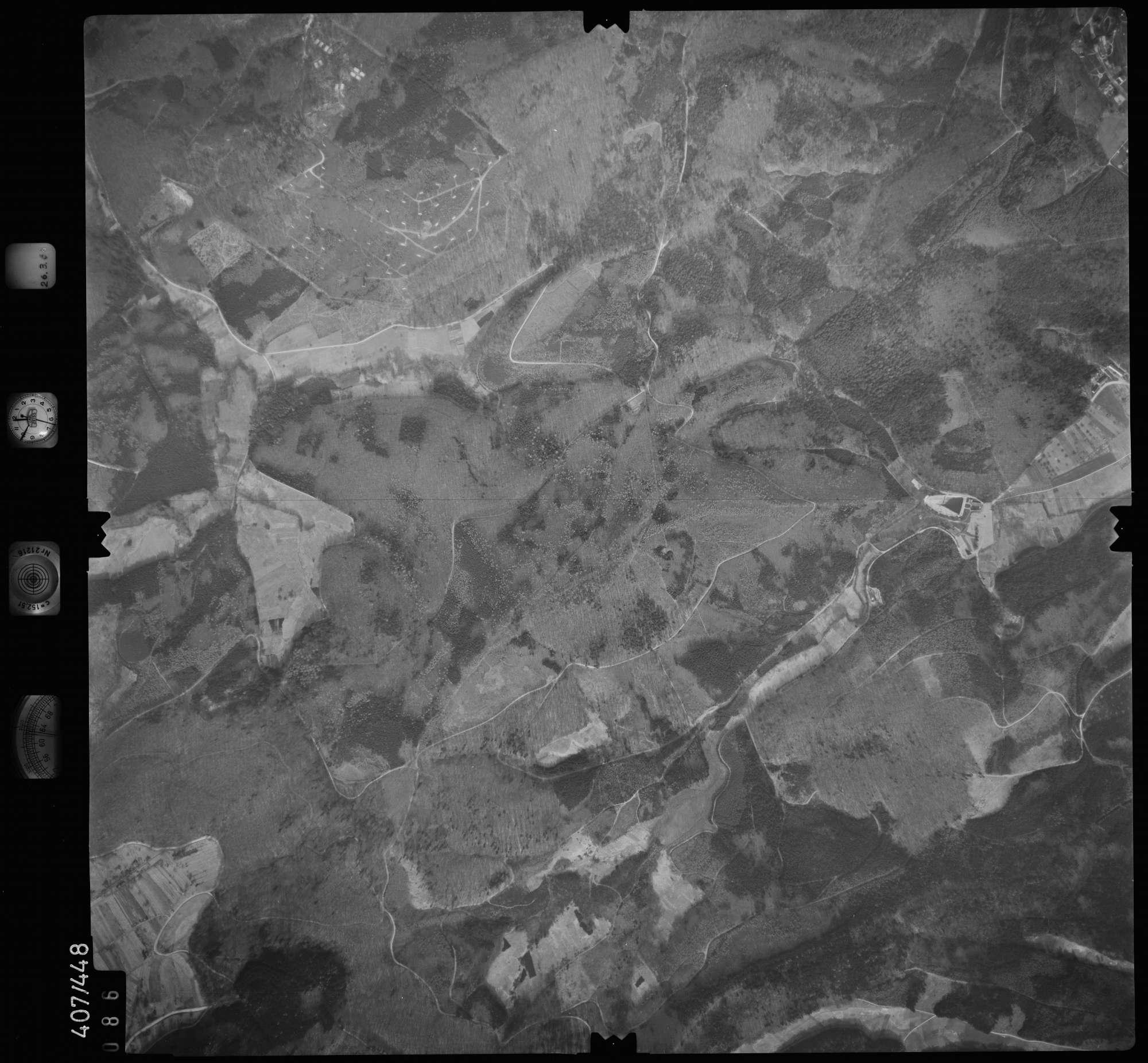 Luftbild: Film 8 Bildnr. 86, Bild 1