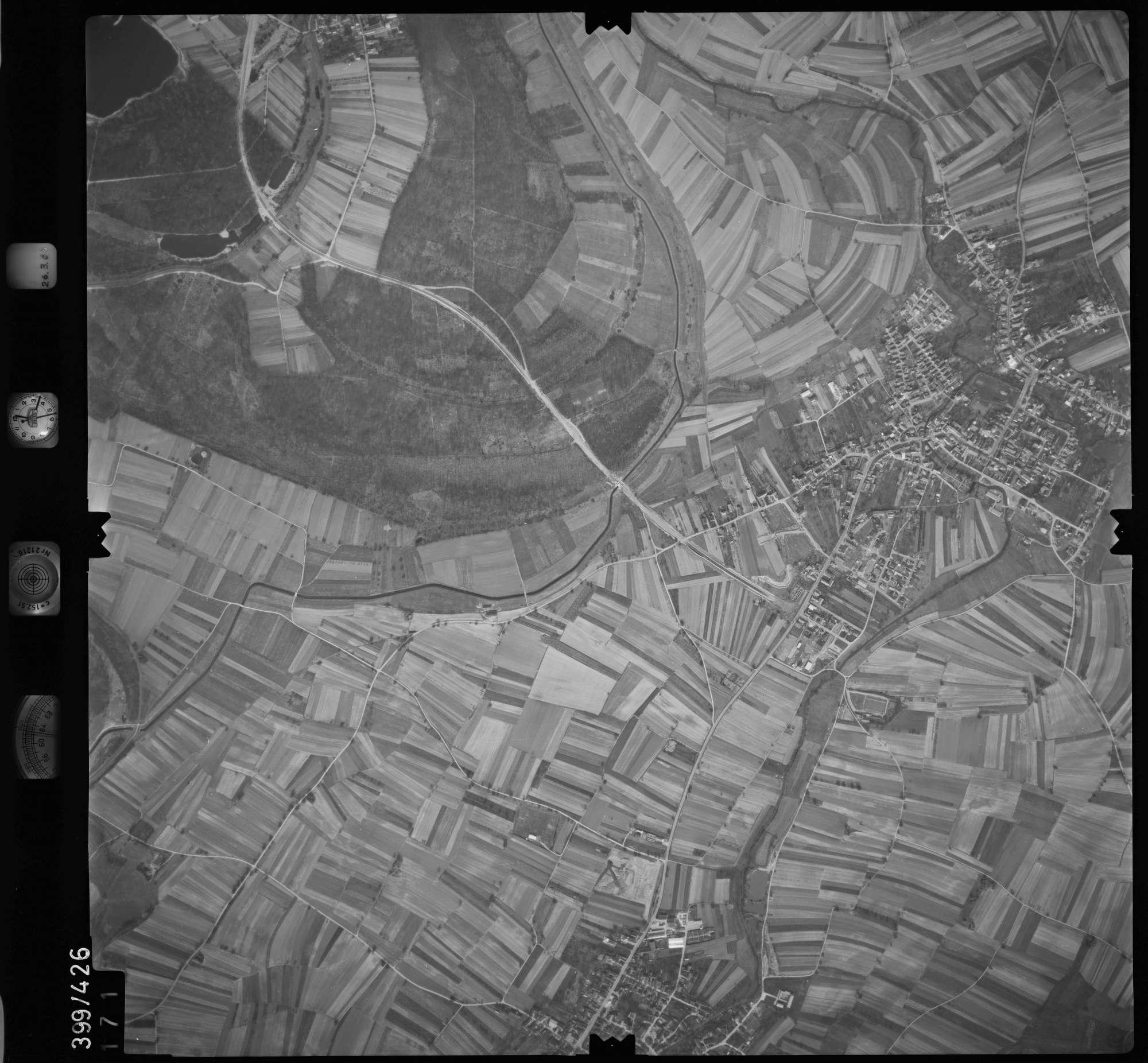 Luftbild: Film 8 Bildnr. 171, Bild 1