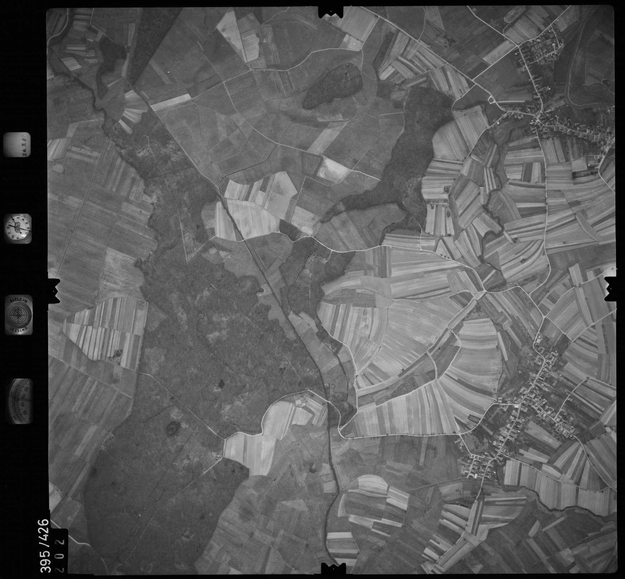 Luftbild: Film 8 Bildnr. 202, Bild 1