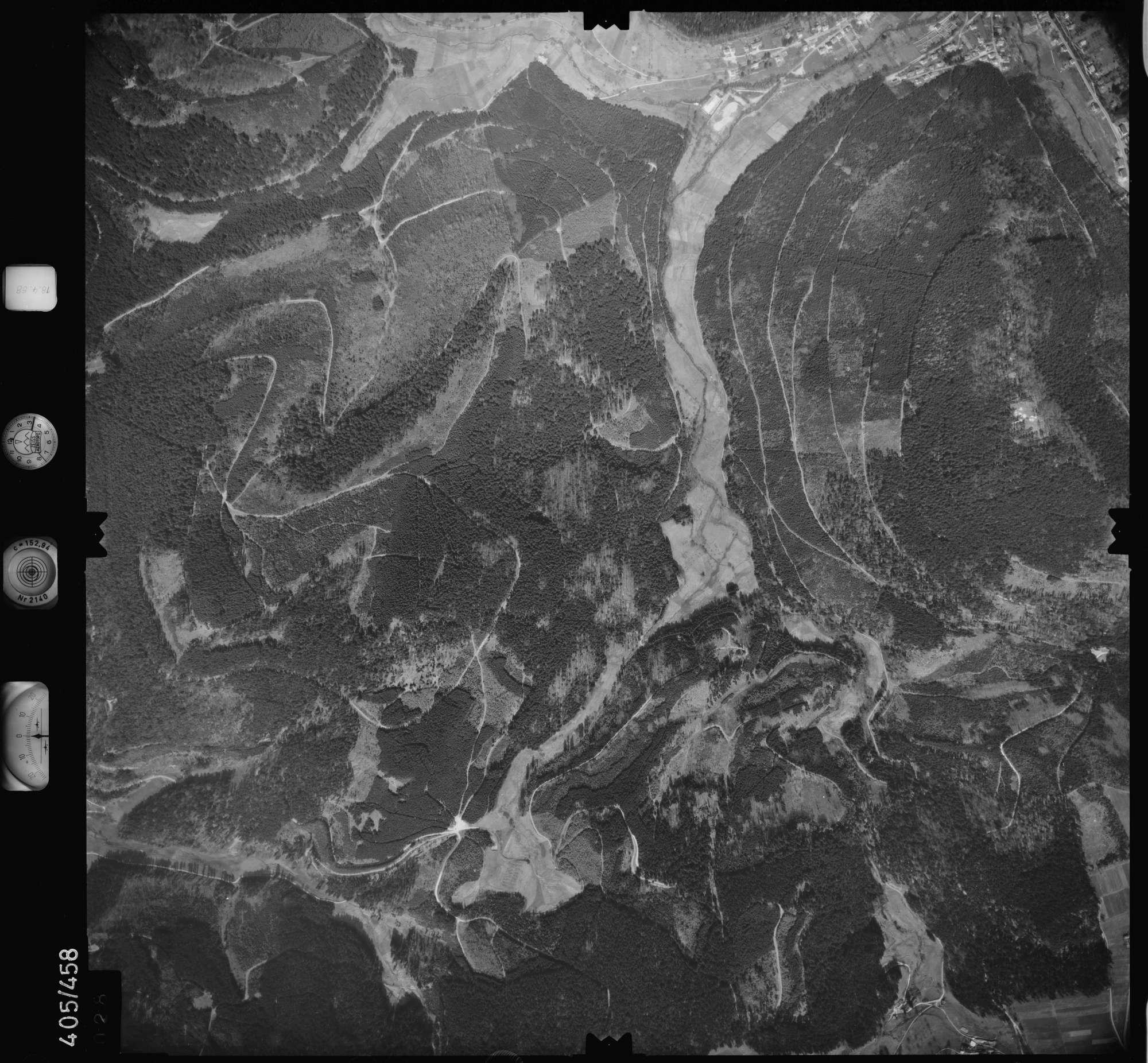 Luftbild: Film 9 Bildnr. 28, Bild 1
