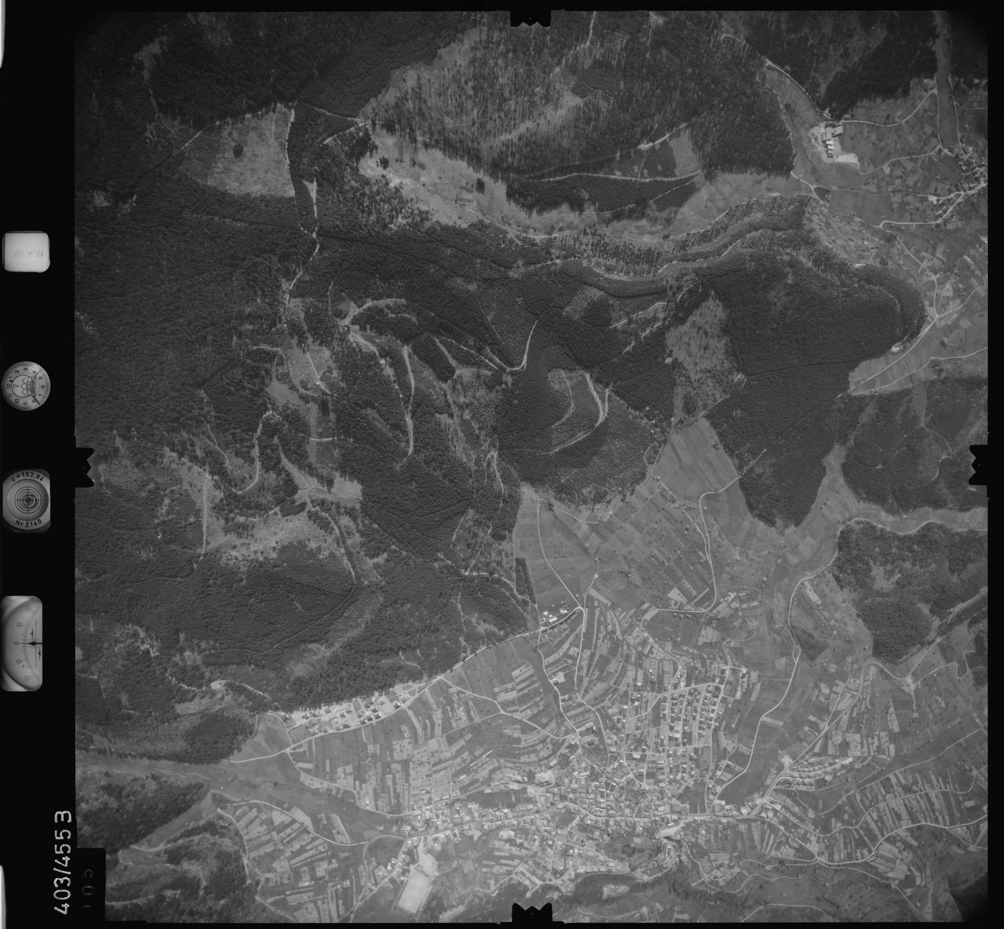 Luftbild: Film 9 Bildnr. 105, Bild 1
