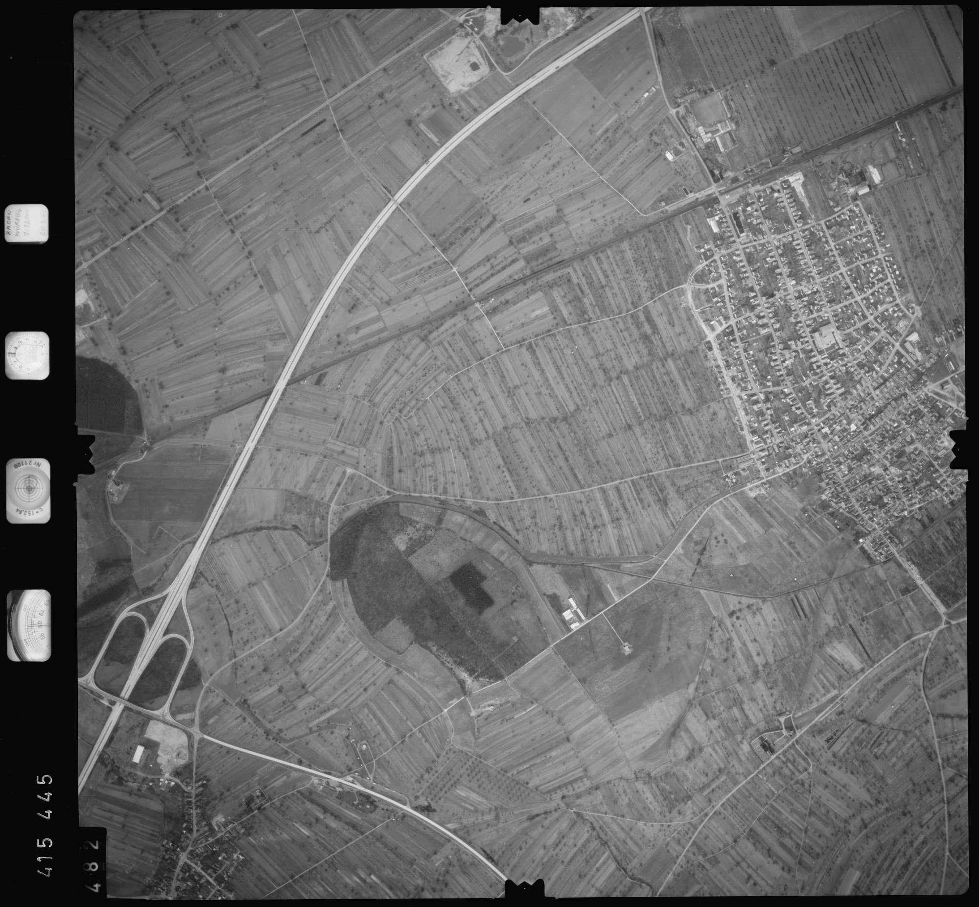 Luftbild: Film 2 Bildnr. 482, Bild 1