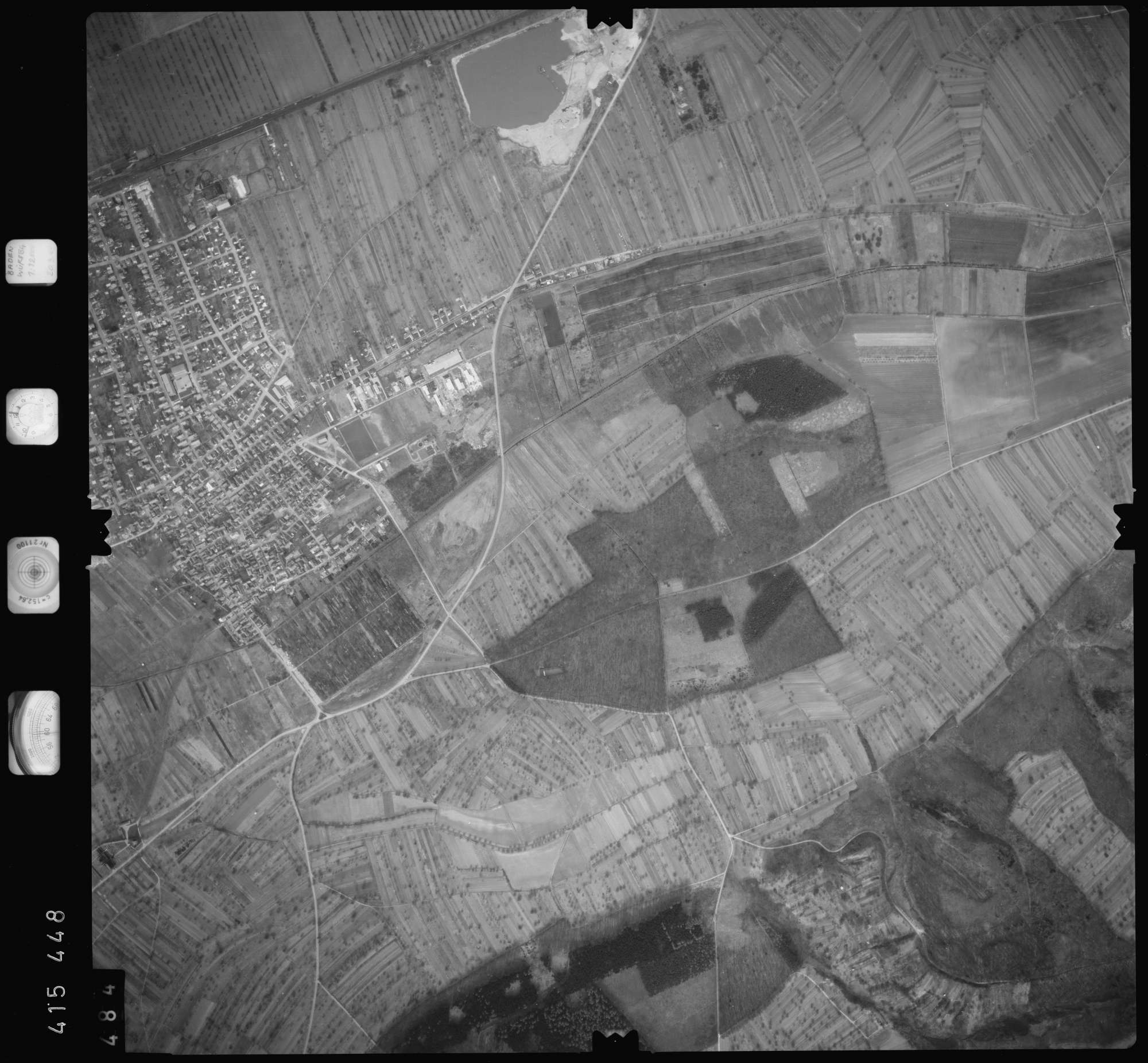 Luftbild: Film 2 Bildnr. 484, Bild 1