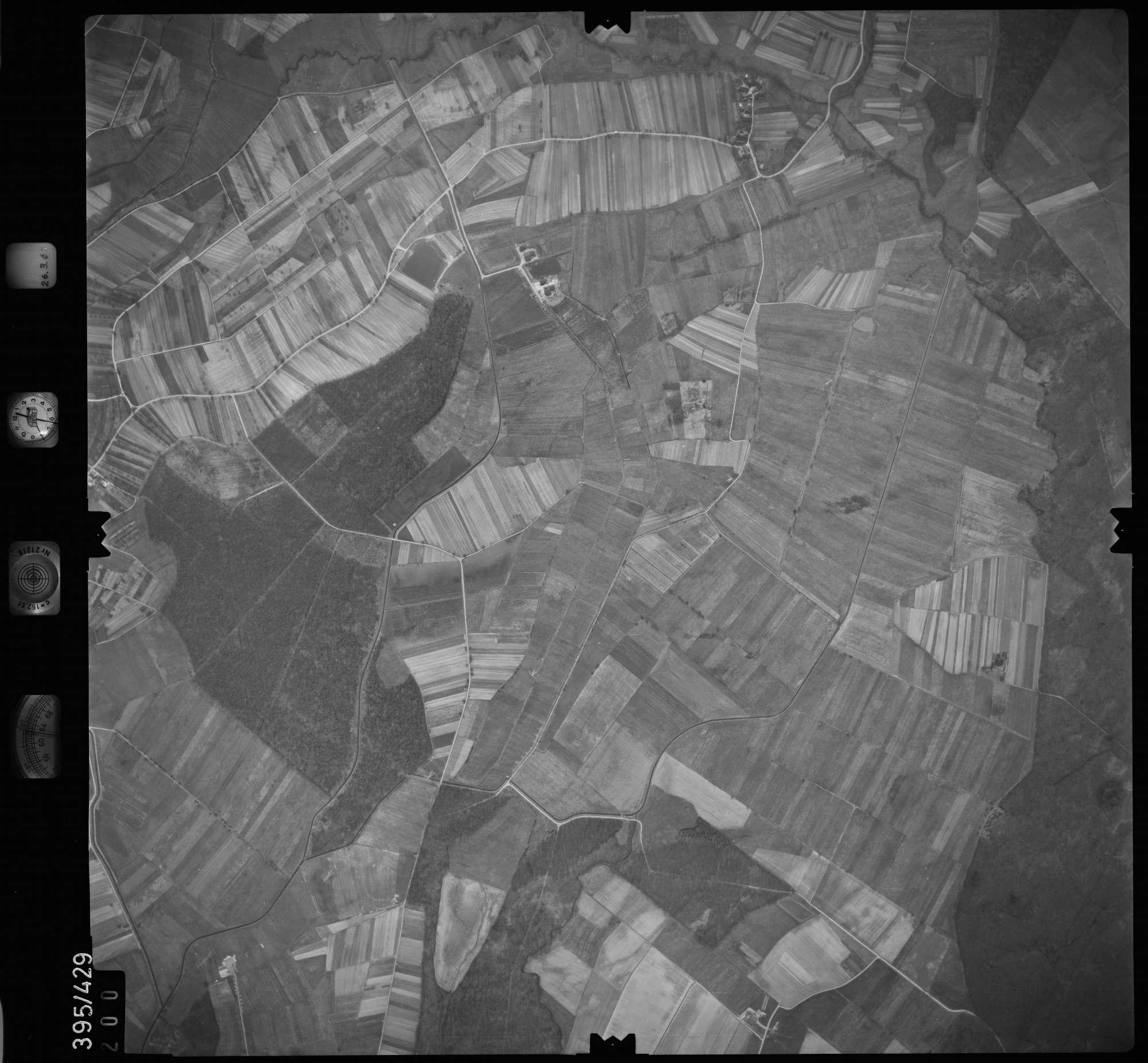 Luftbild: Film 8 Bildnr. 200, Bild 1